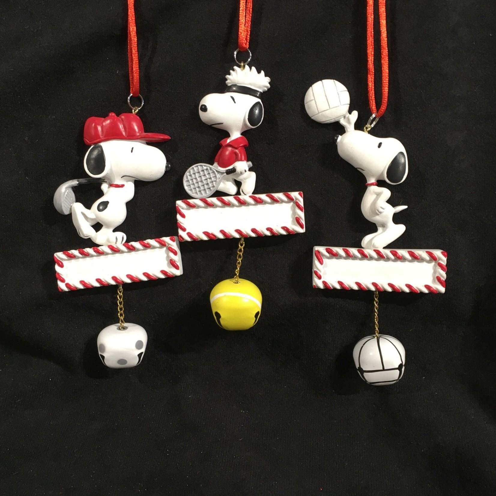 **Peanuts Sport Jingle Buddies Orn w/lanyard