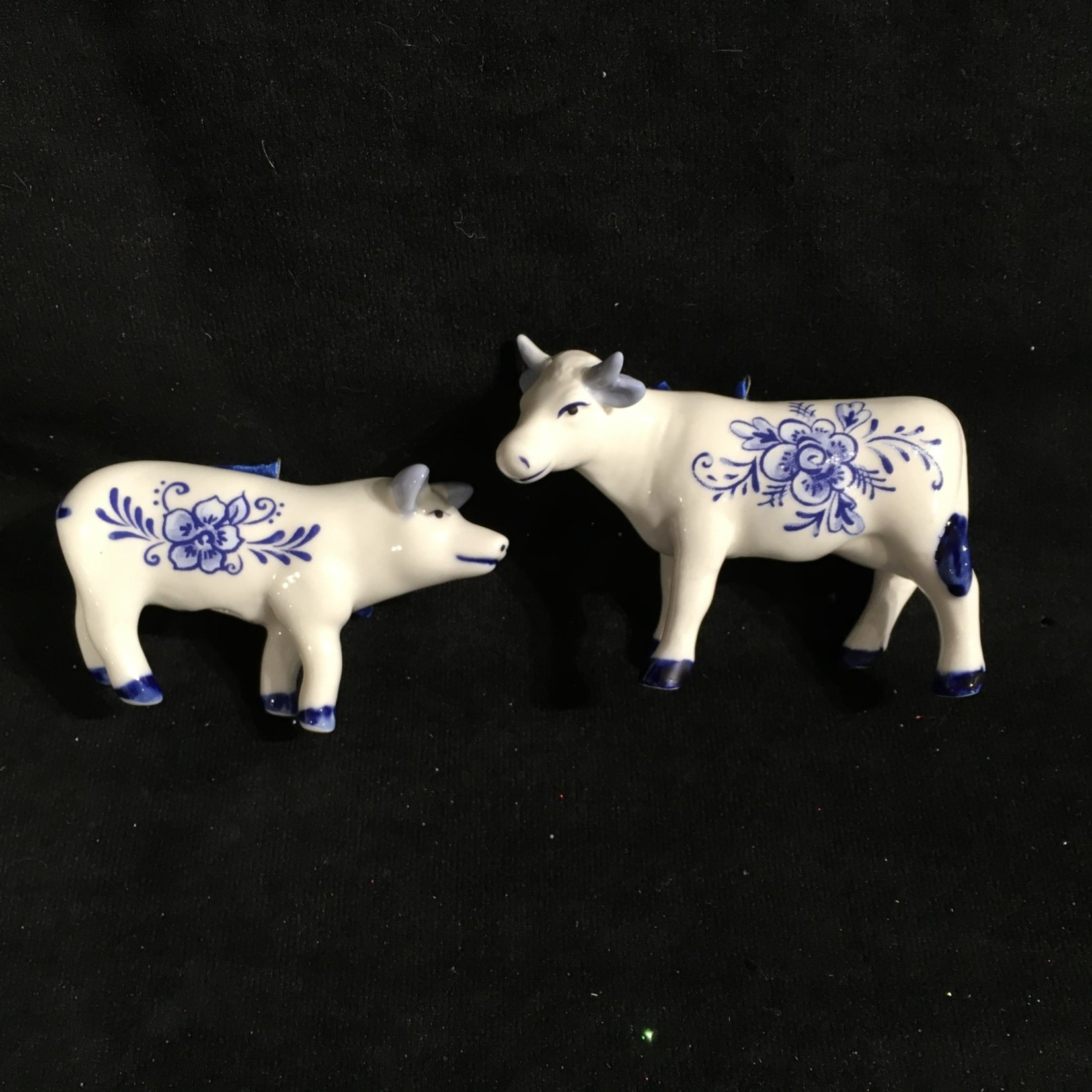 Delft Blue Pig/Cow Orn 2A