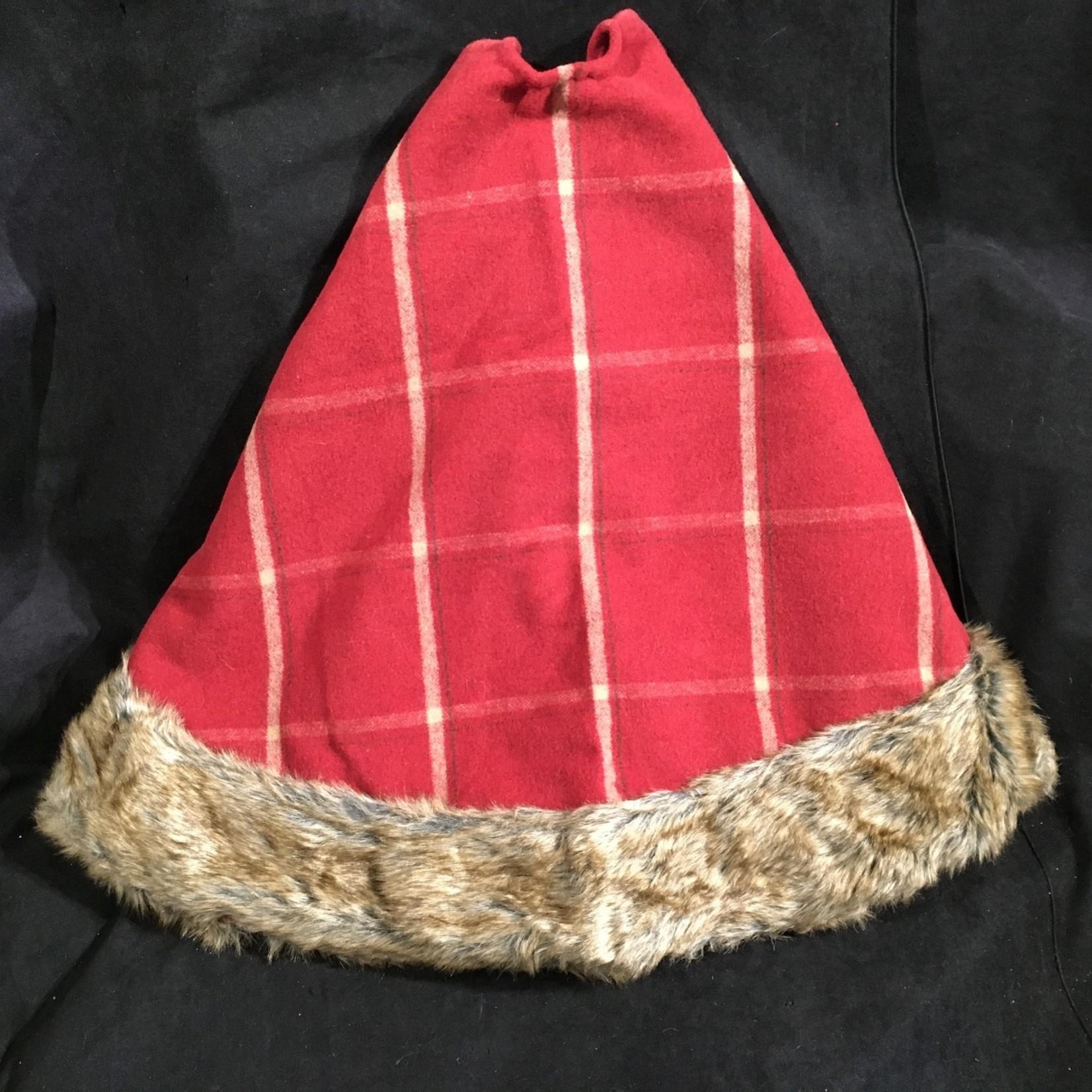"""39"""" Red Plaid Tree Skirt w/Fur Trim"""