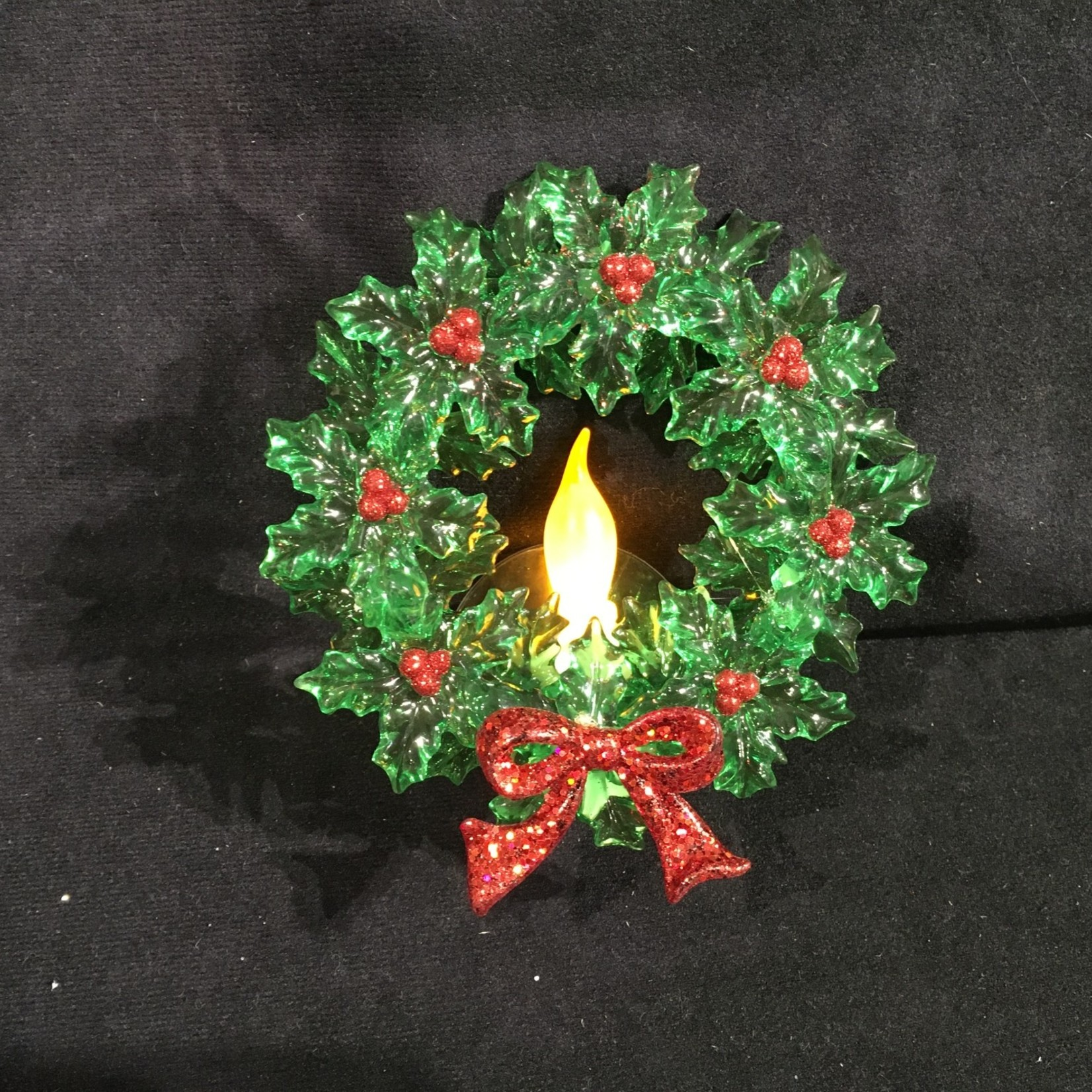 """**5.5"""" Lit Wreath on Suction Cup"""