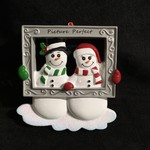 Snow Couple in Frame Orn