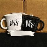**Mrs & Mr Coffee Mugs Orn