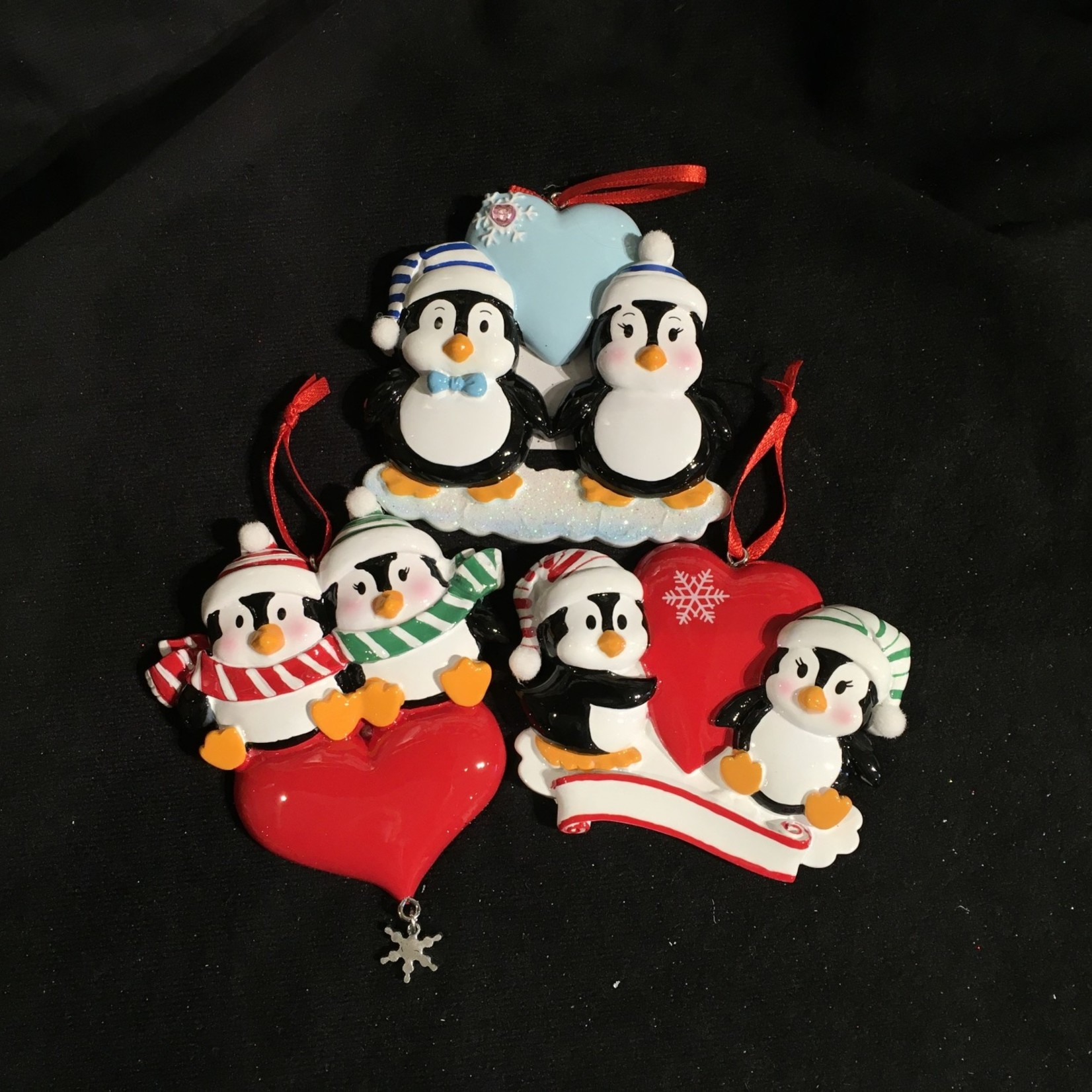 **Penguin Couple Orn 3A (Blue sold out)