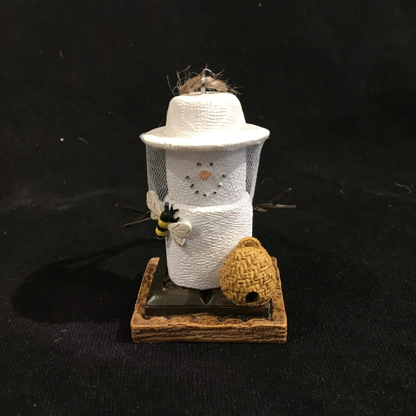 **S'Mores Bee Keeper