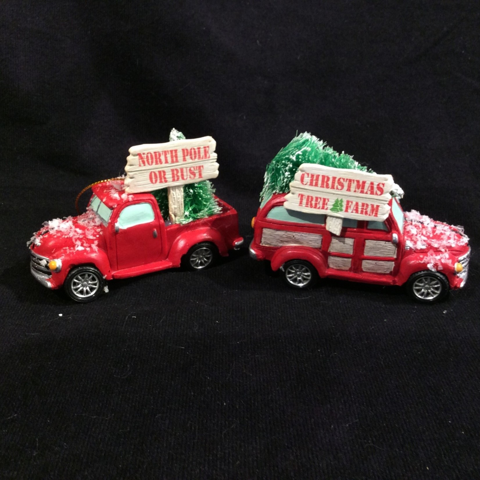 Red Cottage Truck w/Tree 2A