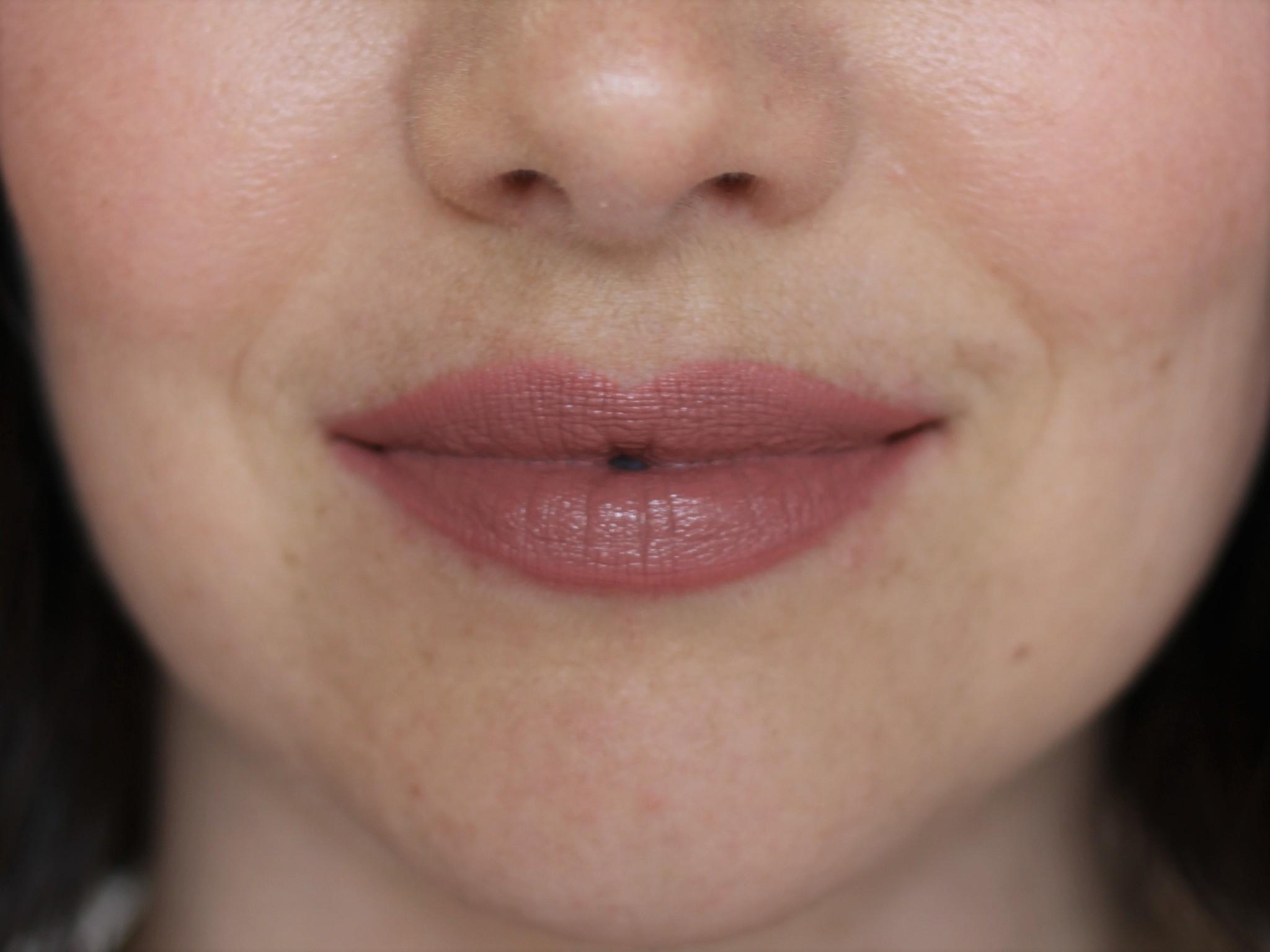 Petal Perfect Lipstick - Persuasion (Matte)-5
