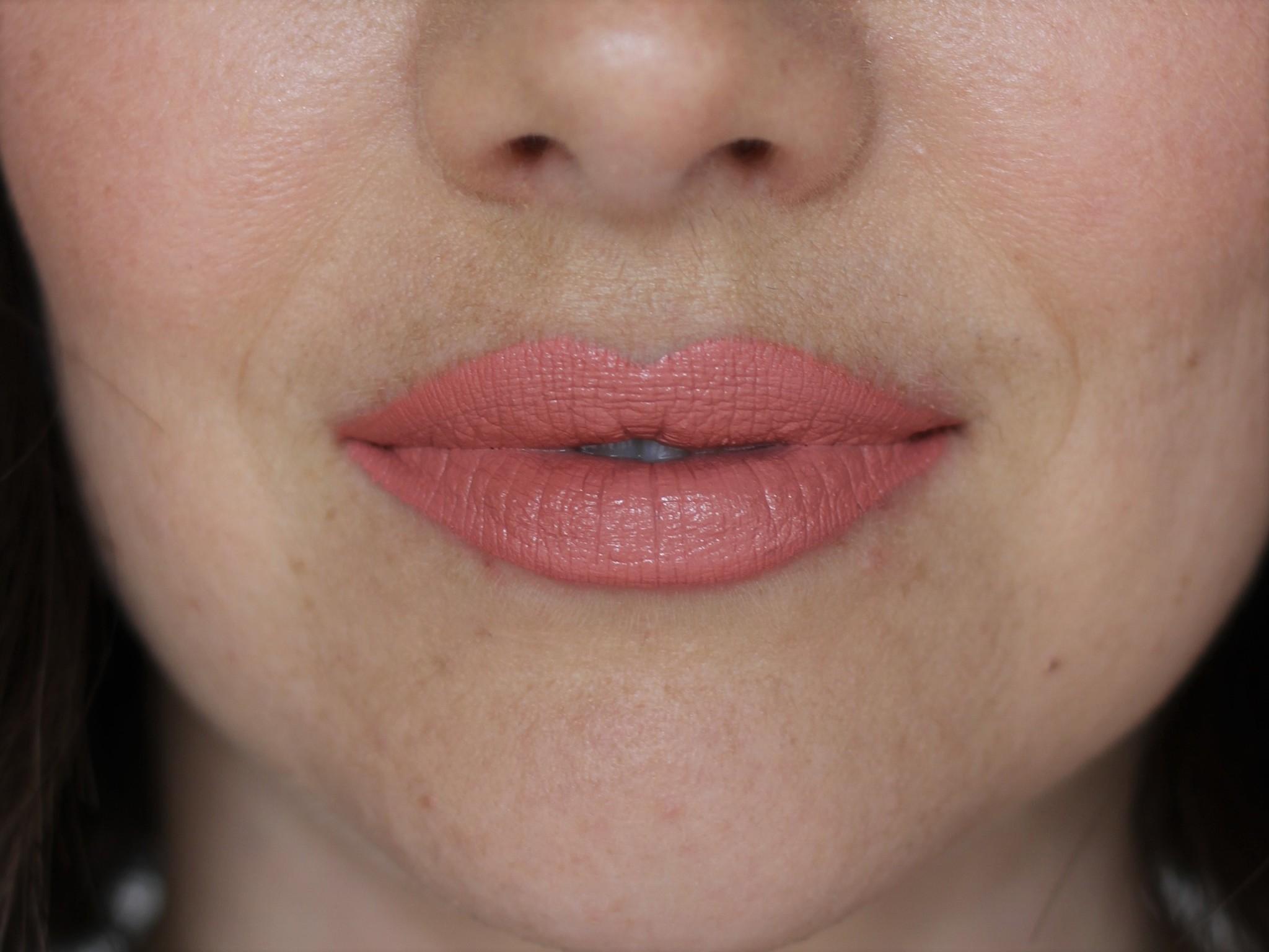 Petal Perfect Lipstick - Promenade (Matte)-5