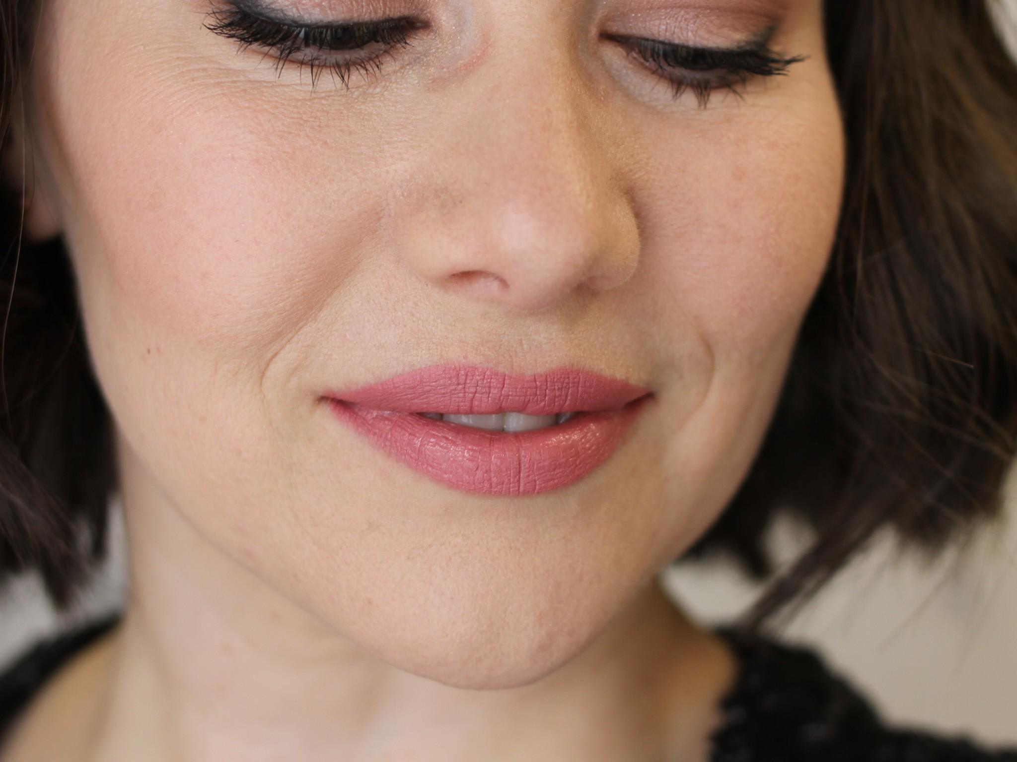 Lavish Natural Lipstick - Eminence (Matte)-2