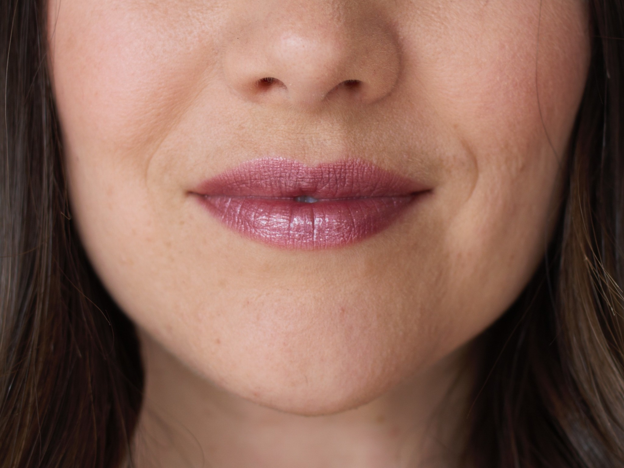 Glisten Mineral Lip Gloss - Amethyst-3