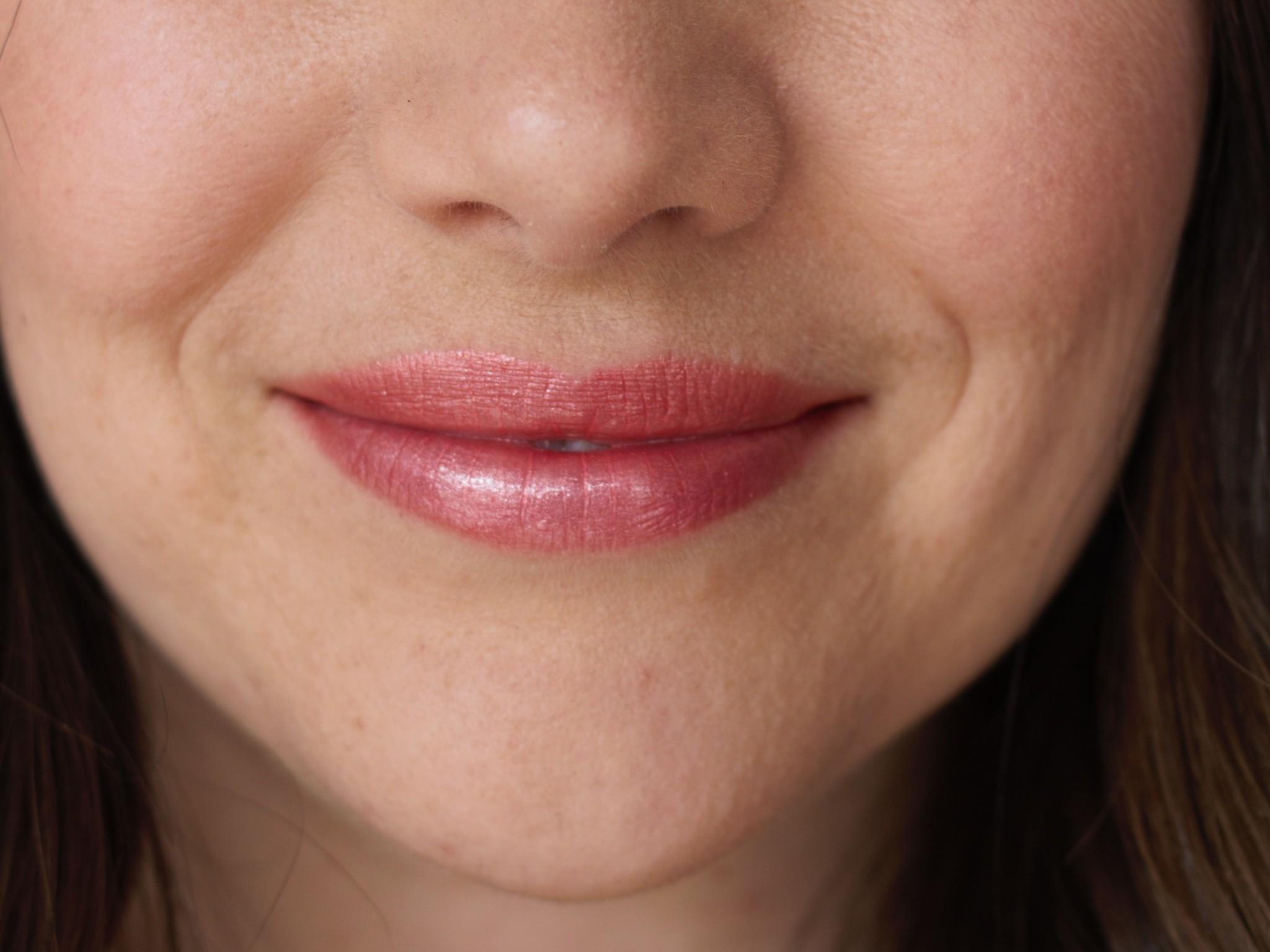Glisten Mineral Lip Gloss - Citrine-3