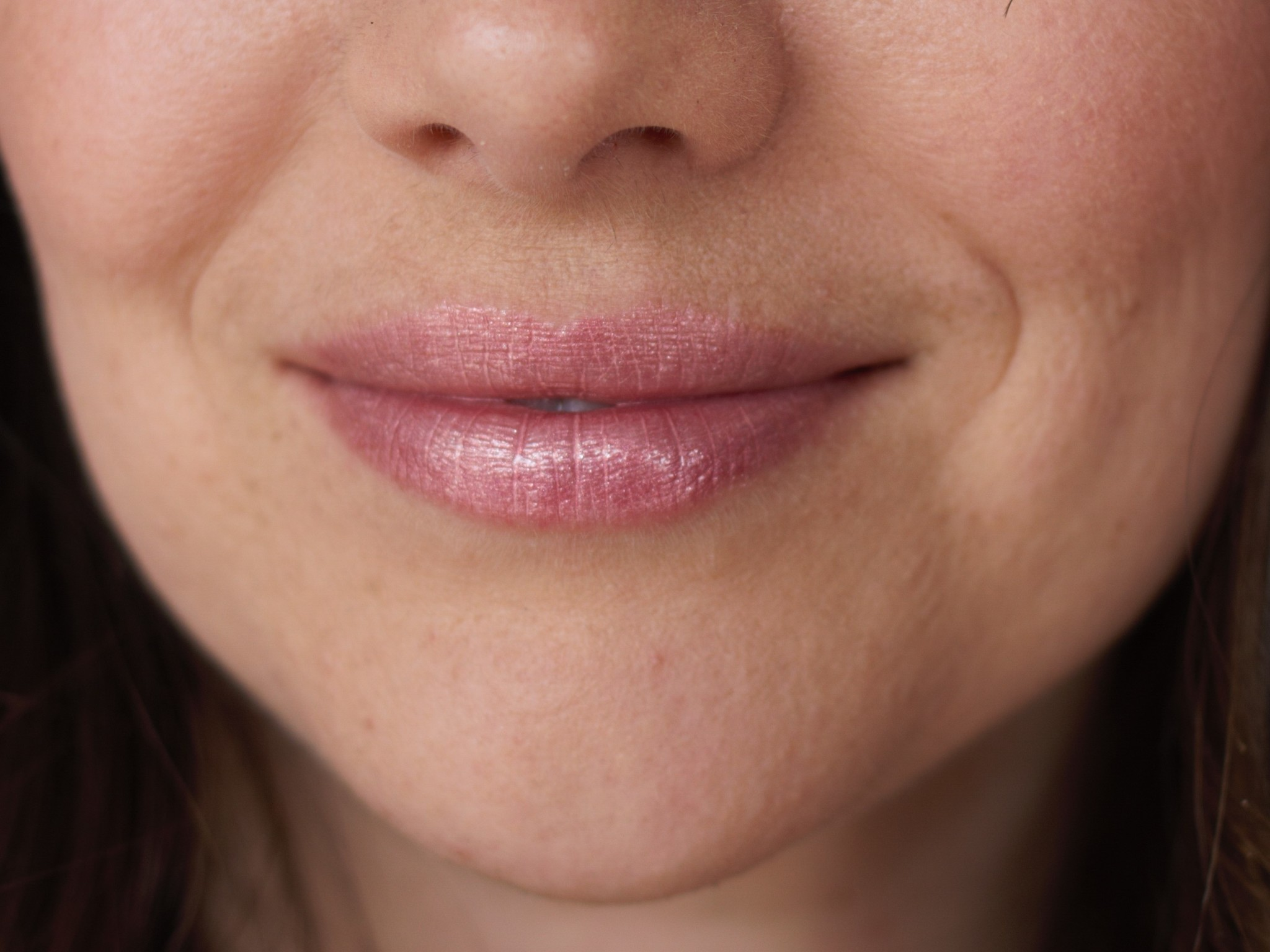 Glisten Mineral Lip Gloss - Opal-3