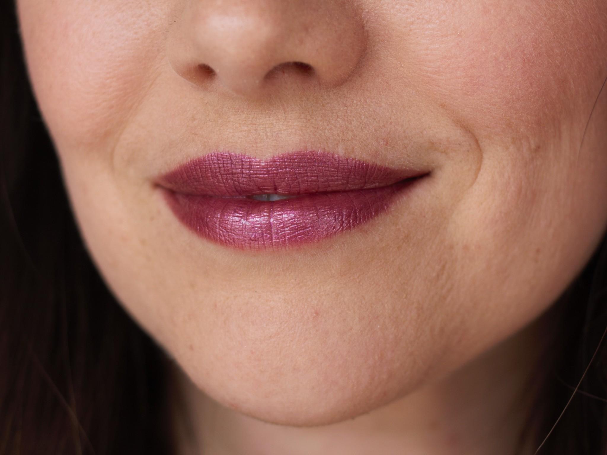 Glisten Mineral Lip Gloss - Tourmaline-3