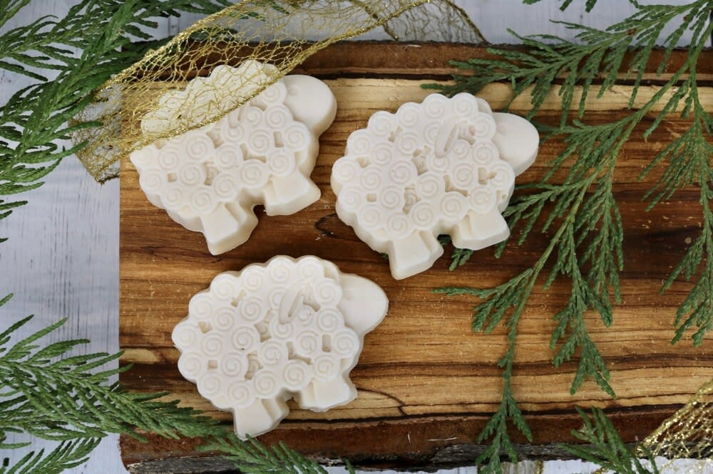 Sheep Soap Bar - Unscented (honey & oatmeal)-1