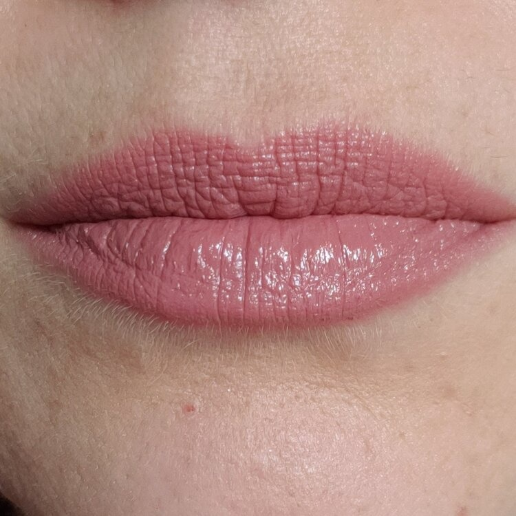 Lipstick - Veiled-2