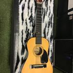 "USED Lauren Children's Acoustic Guitar Model LA-30 19.5"" Scale"