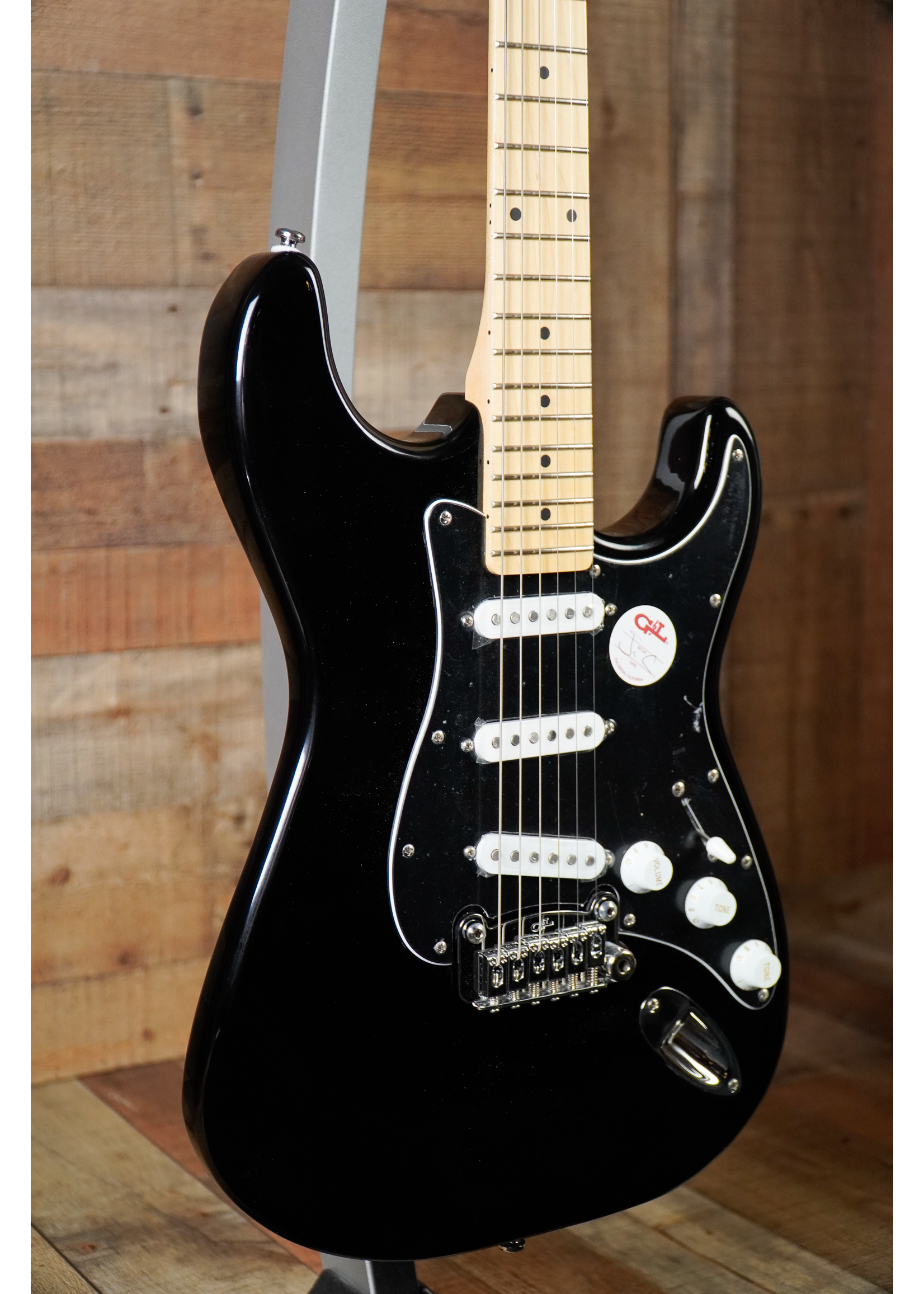 G&L G&L Limited Edition Tribute Series Legacy with Maple Fretboard Black