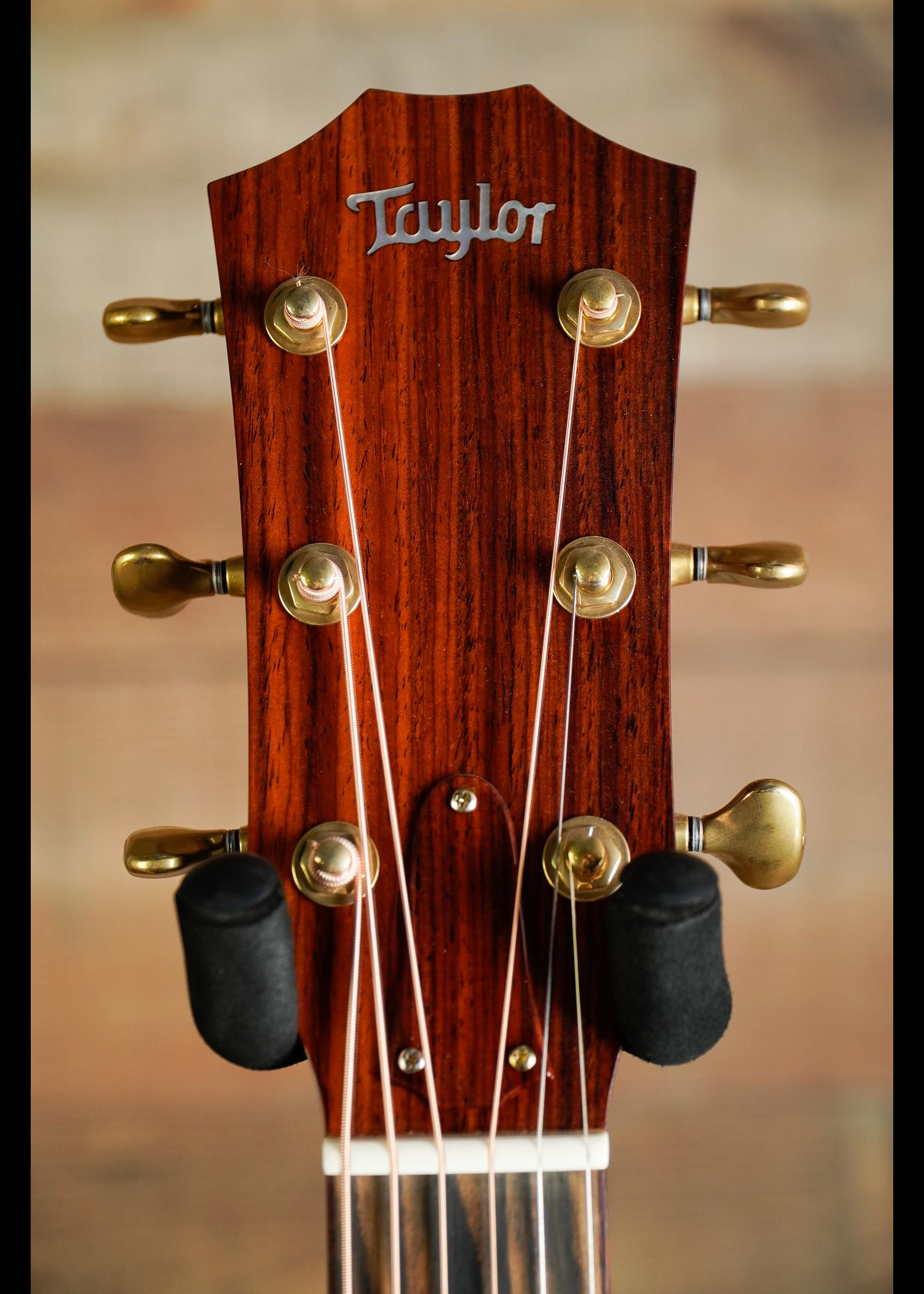 Taylor Taylor   Custom Cocobolo back & Sides  2018 Natural