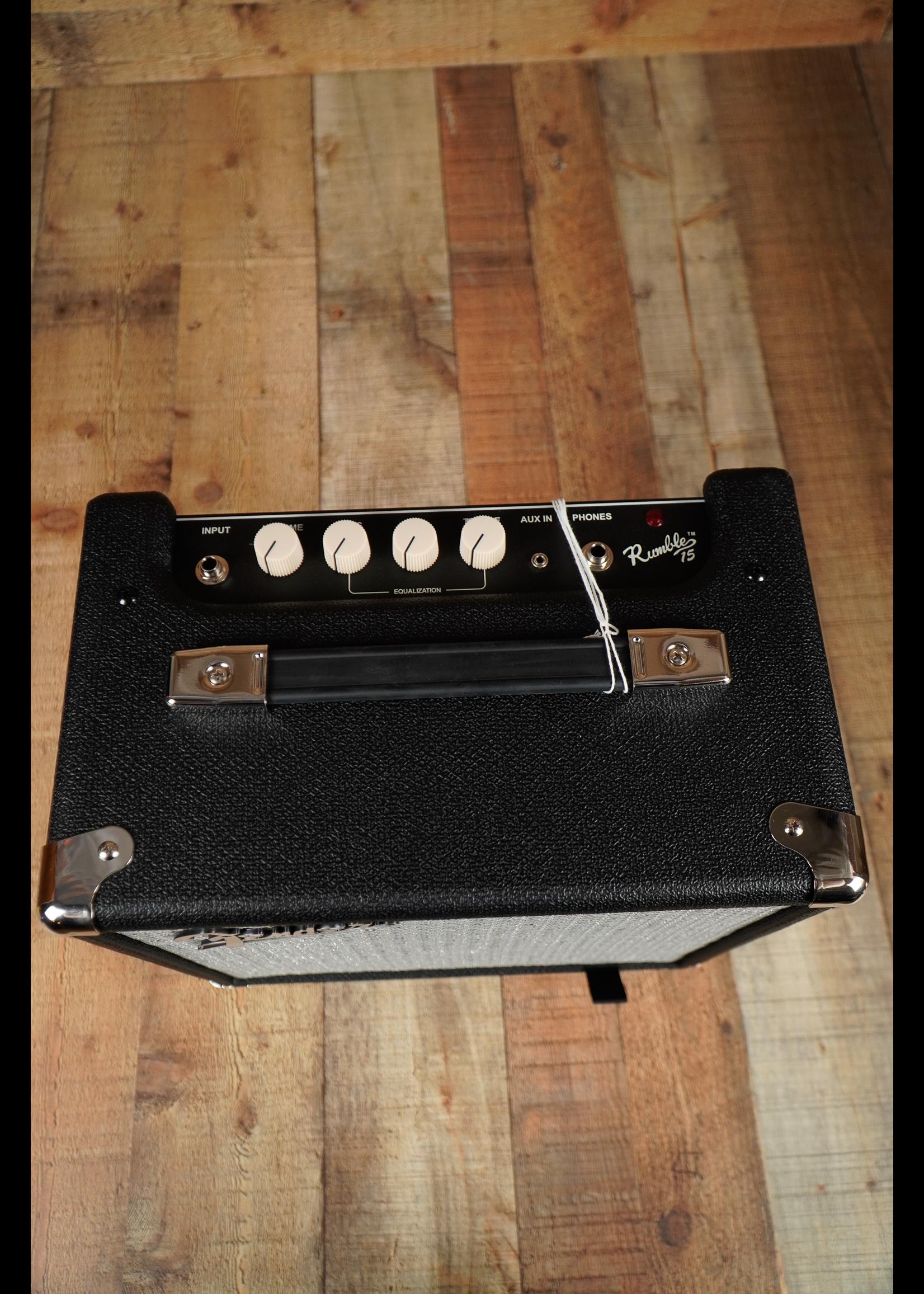 Fender Fender Rumble™ 15 (V3), 120V, Black/Silver