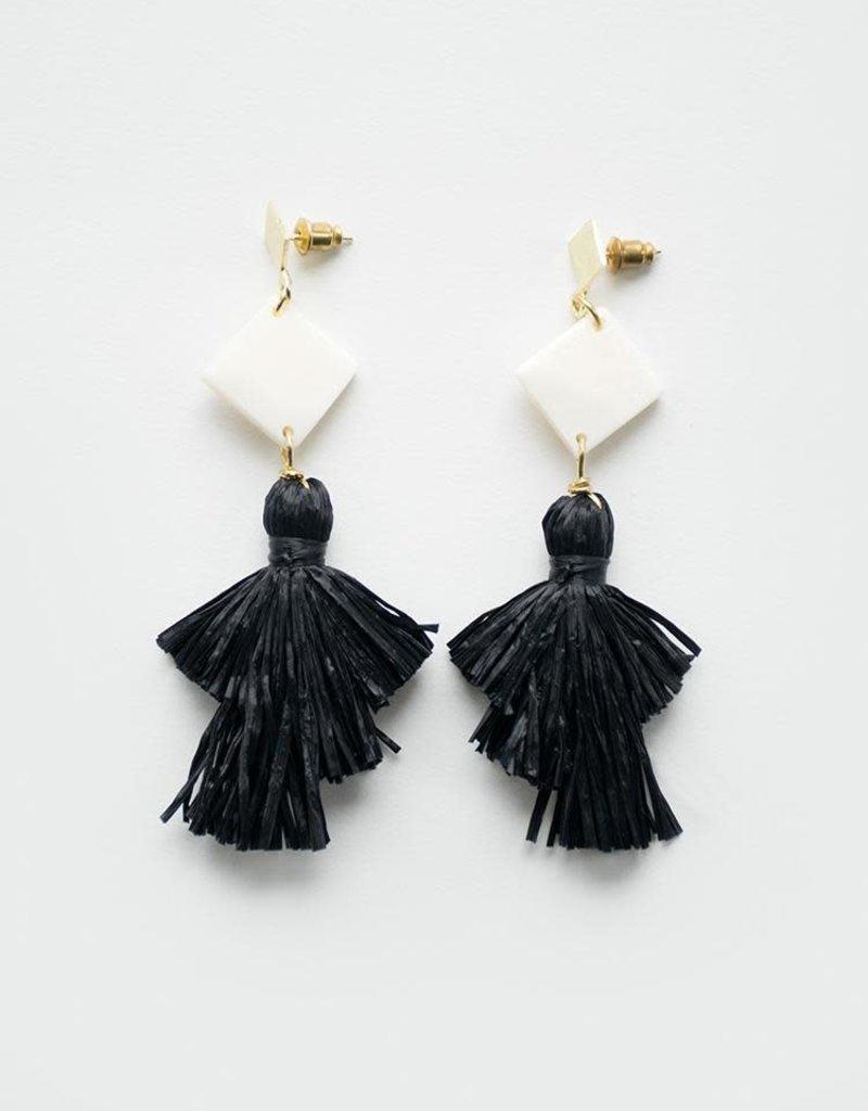 Abbey Black Earrings