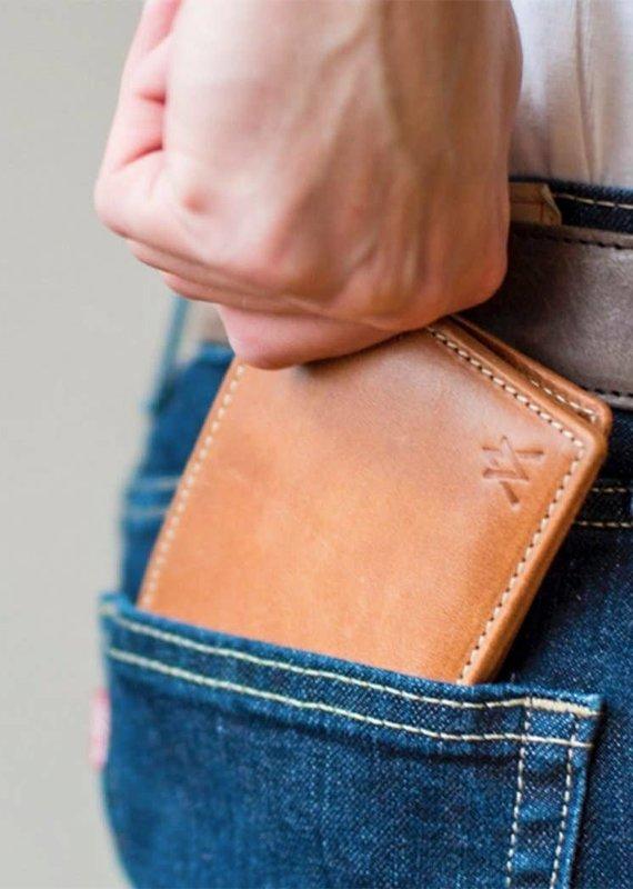Elevate People Leather Bi-Fold Camel Wallet