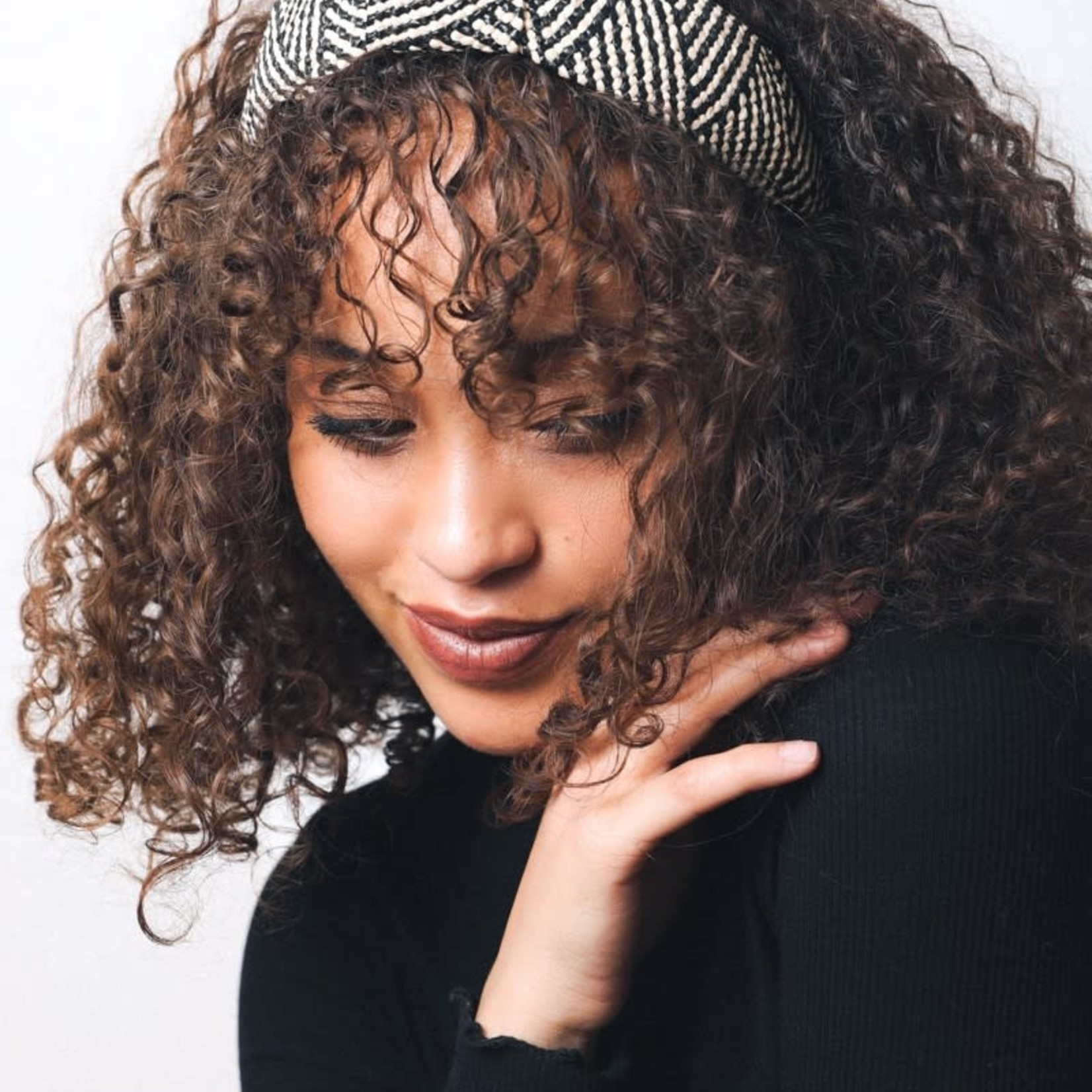 leto Bohemian Straw Rattan Knotted Headband
