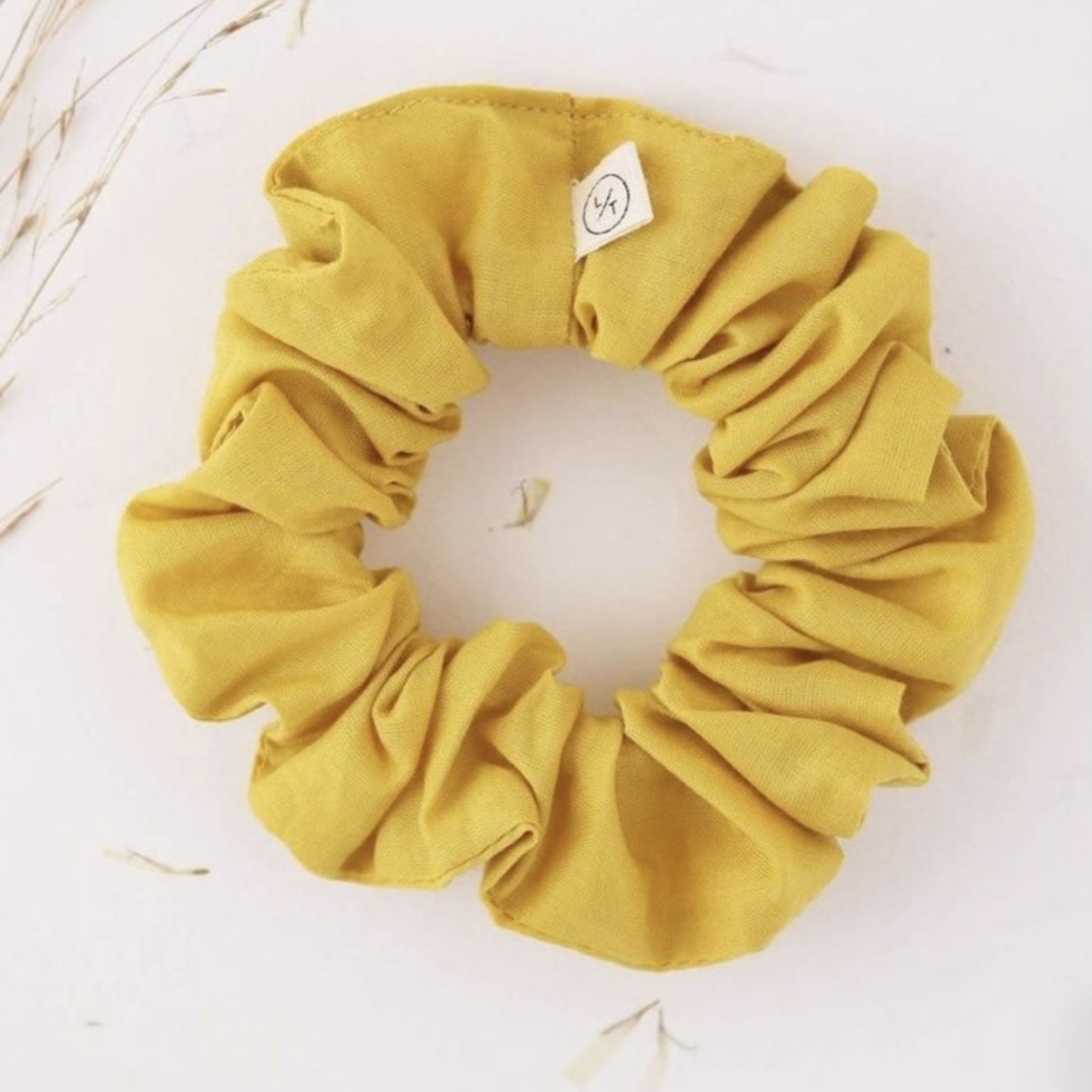 lovers tempo Mini Sunday Cotton Scrunchie
