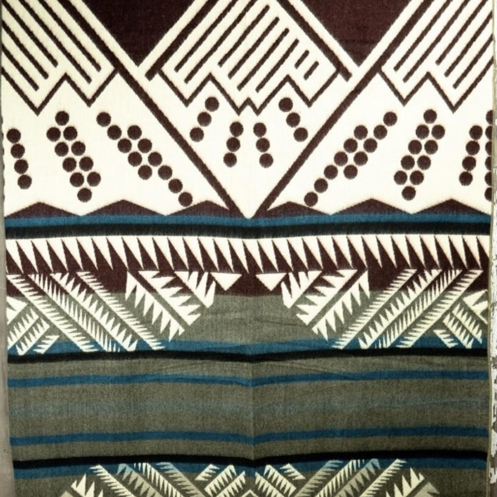 Heartprint Threads Queen Blanket