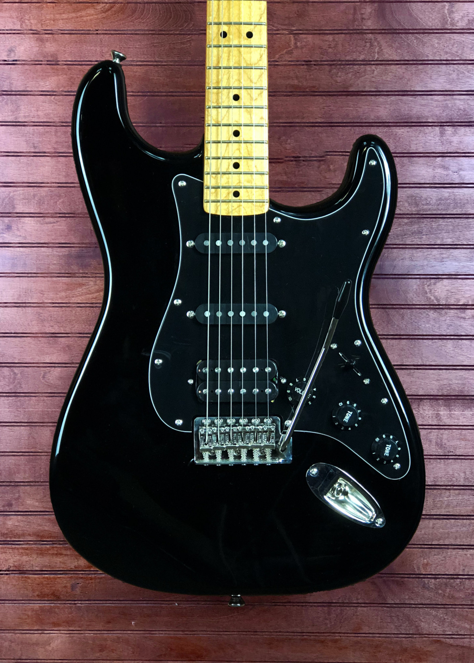 Squier Squier Classic Vibe 70's Stratocaster HSS Black