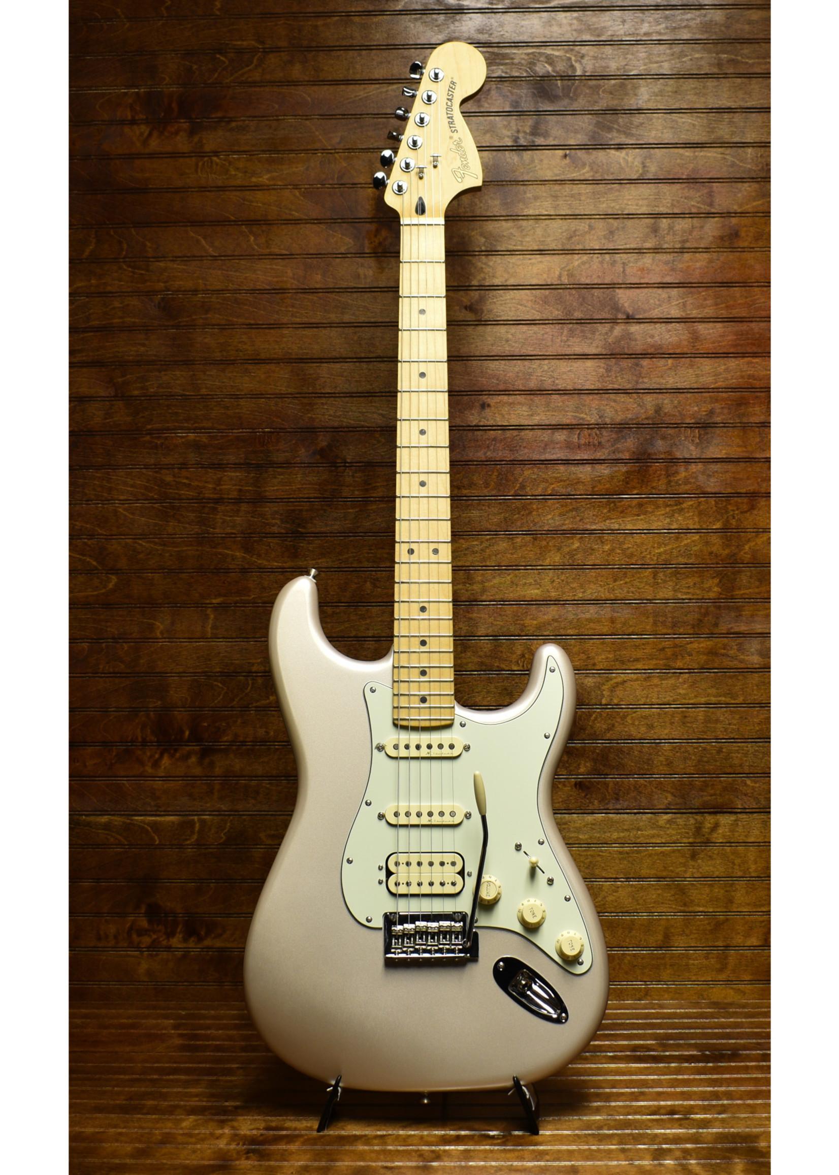 Fender Fender Deluxe Stratocaster Blizzard Pearl