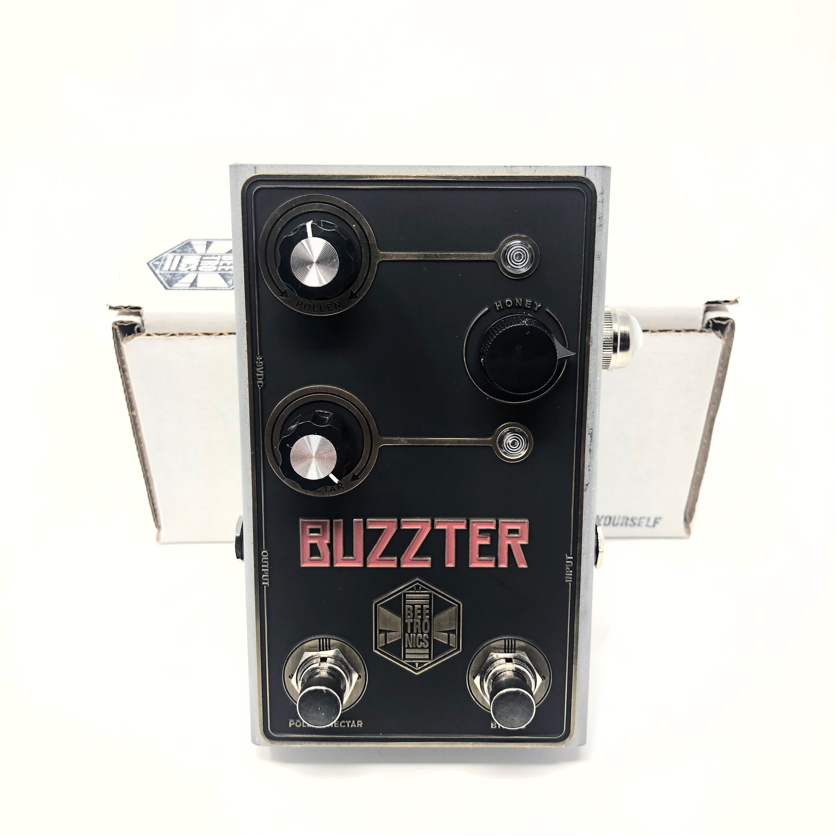 Beetronics Beetronics Buzzter - Boost & Preamp - Two Output Levels (Double-Boost)