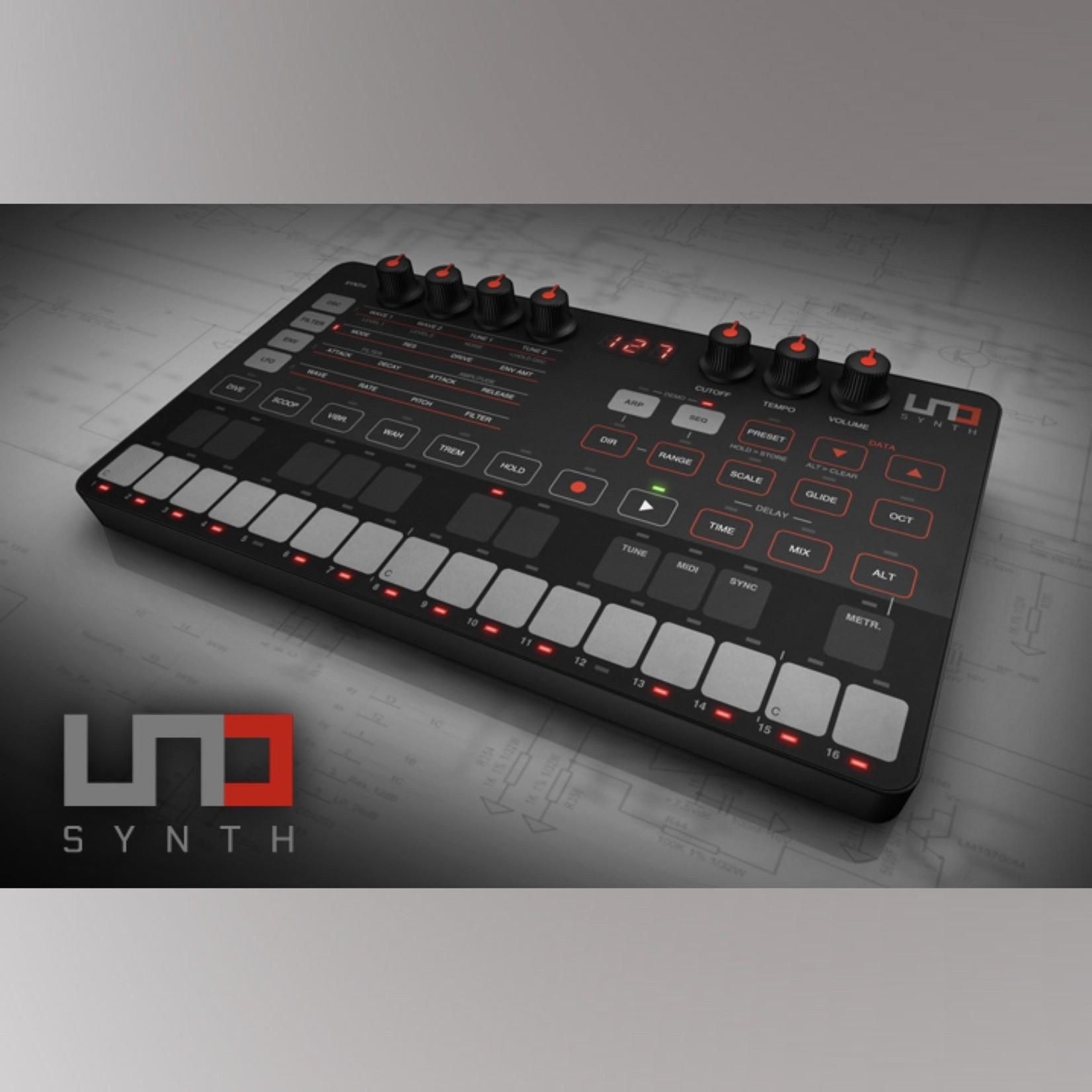 IK Multimedia UNO Analog Synth