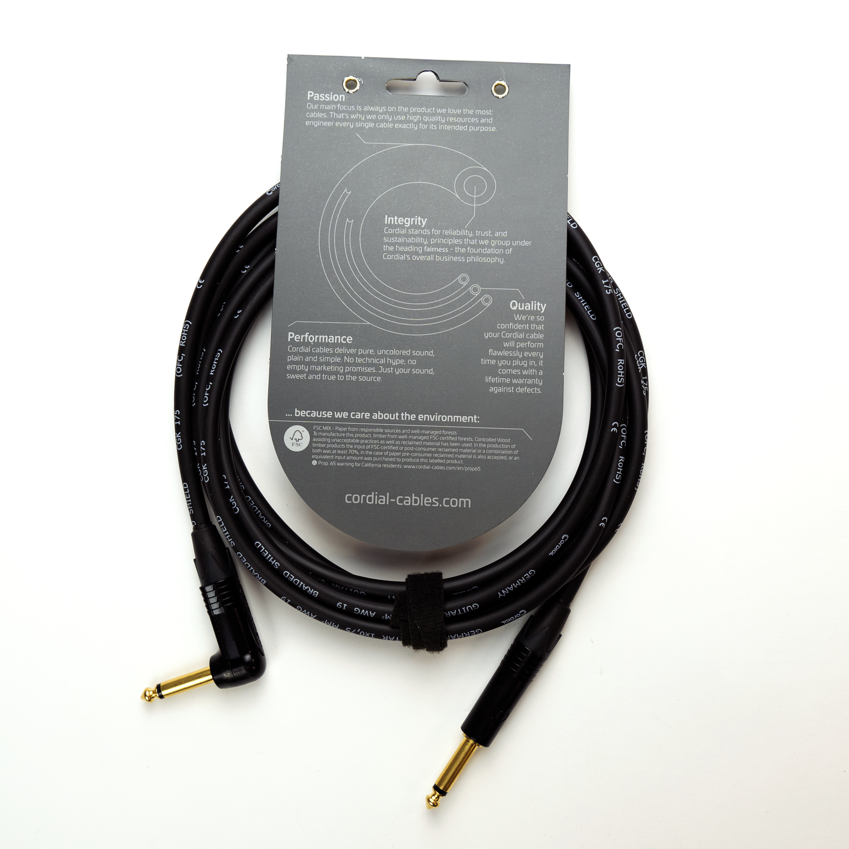 """Cordial Cables Cordial Cables Premium Instrument High-Copper Cable, Peak Series - 1/4"""" Straight to 1/4"""" Right Angle Phone Plugs (10-Foot Black Cable)"""