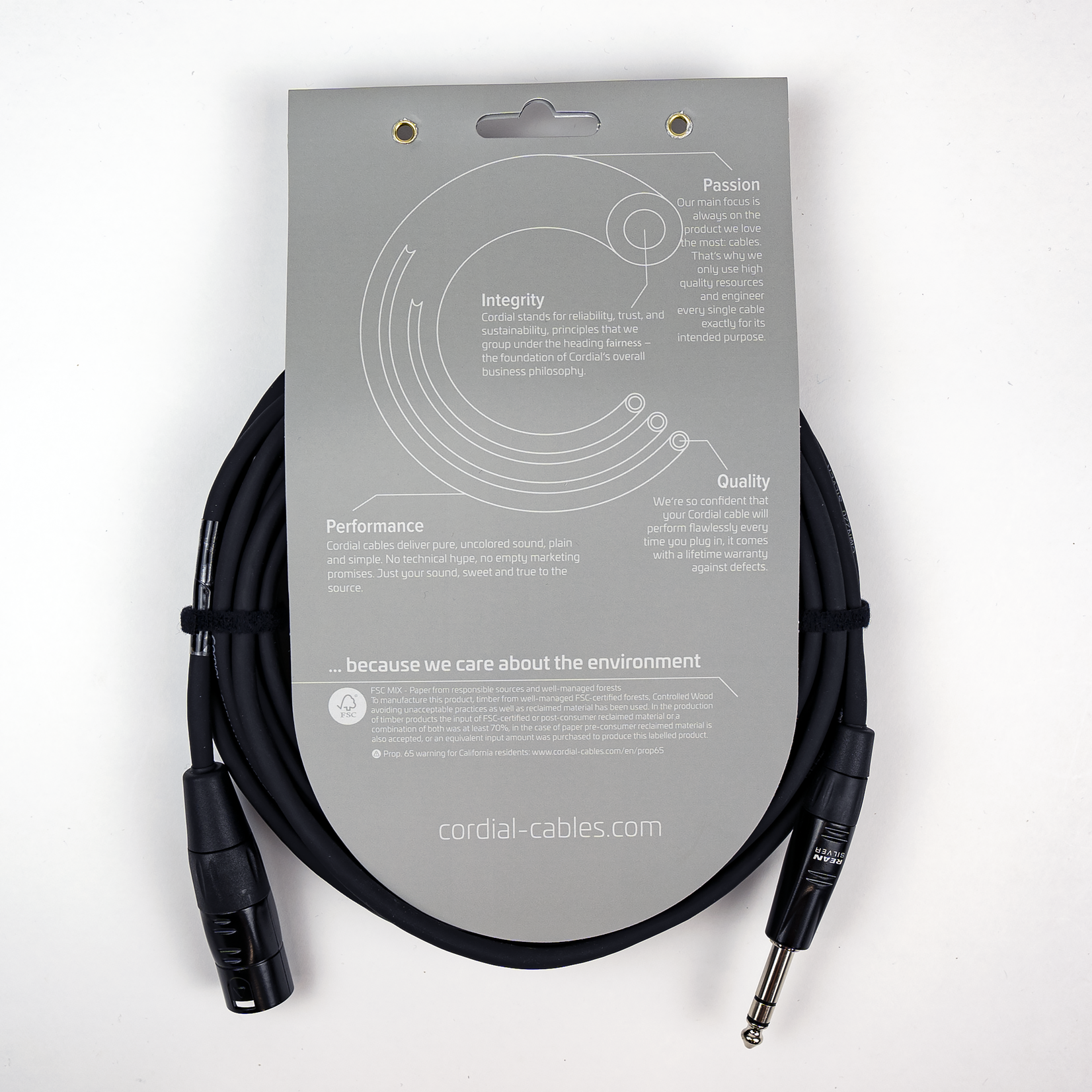 Cordial Cables Cordial Cables Balanced Mic/Line - XLRM to TRS 1/4-inch 30-foot cable, Essential Series