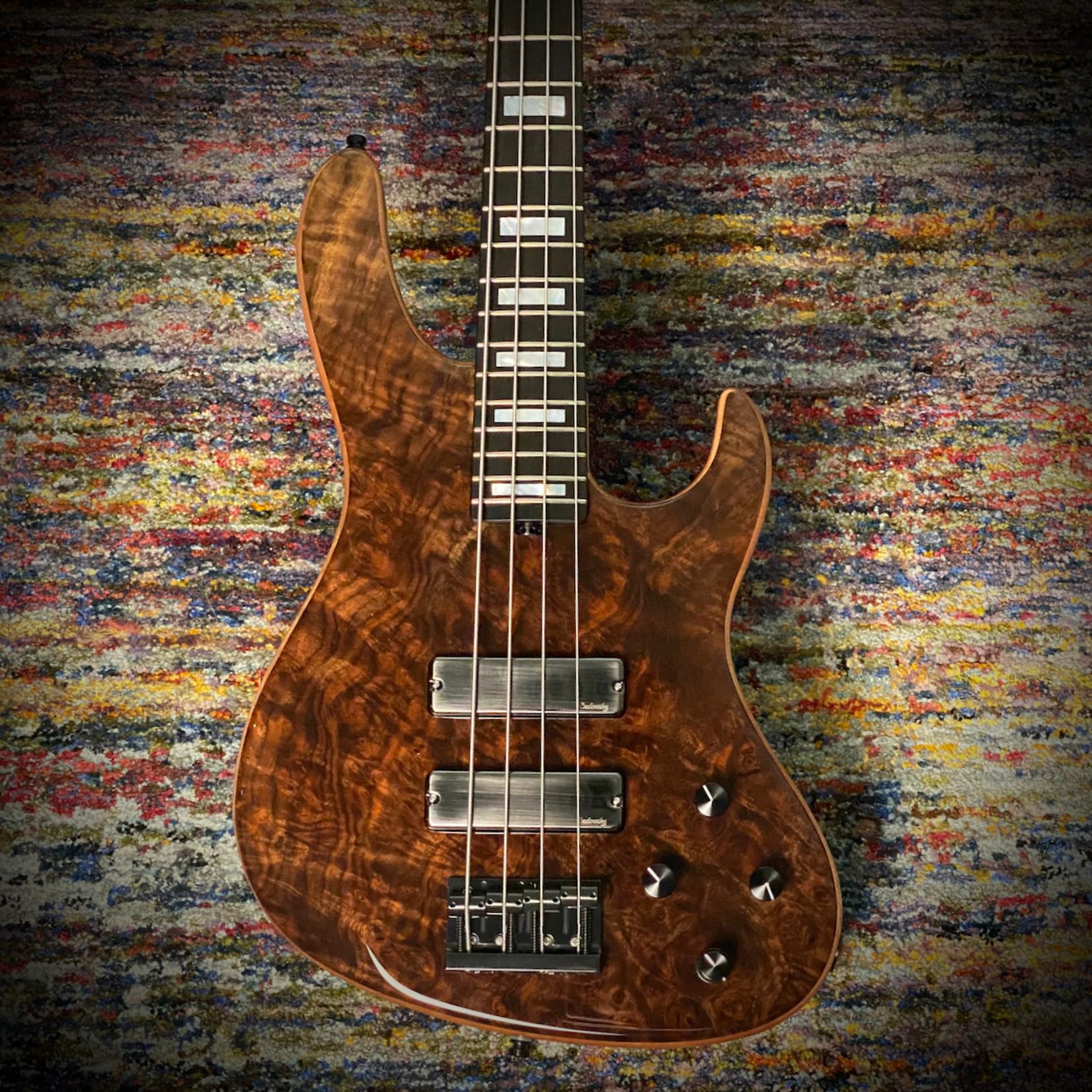 Sadowsky Sadowsky Masterbuilt 2021 LTD 4 String 24-Fret Modern Bass (04/030 worldwide)