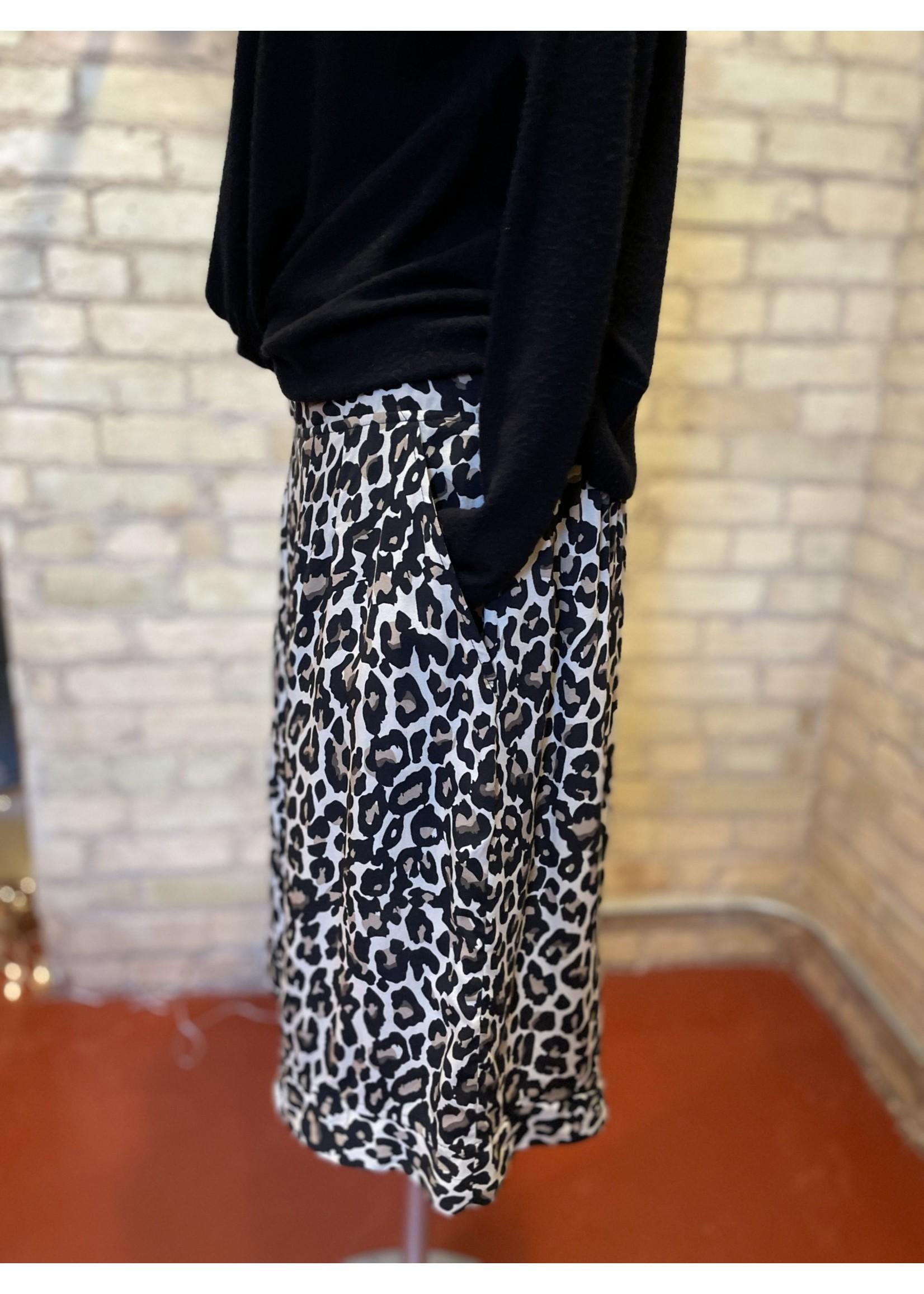 By Tavi Cheetah Mod Skirt