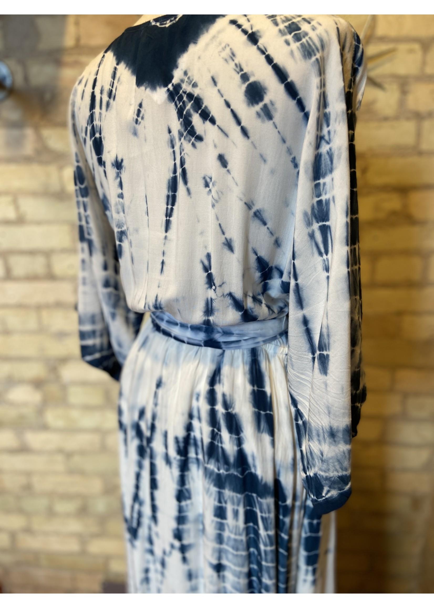Aakaa Kimono Sleeve Tie Dye Maxi Dress