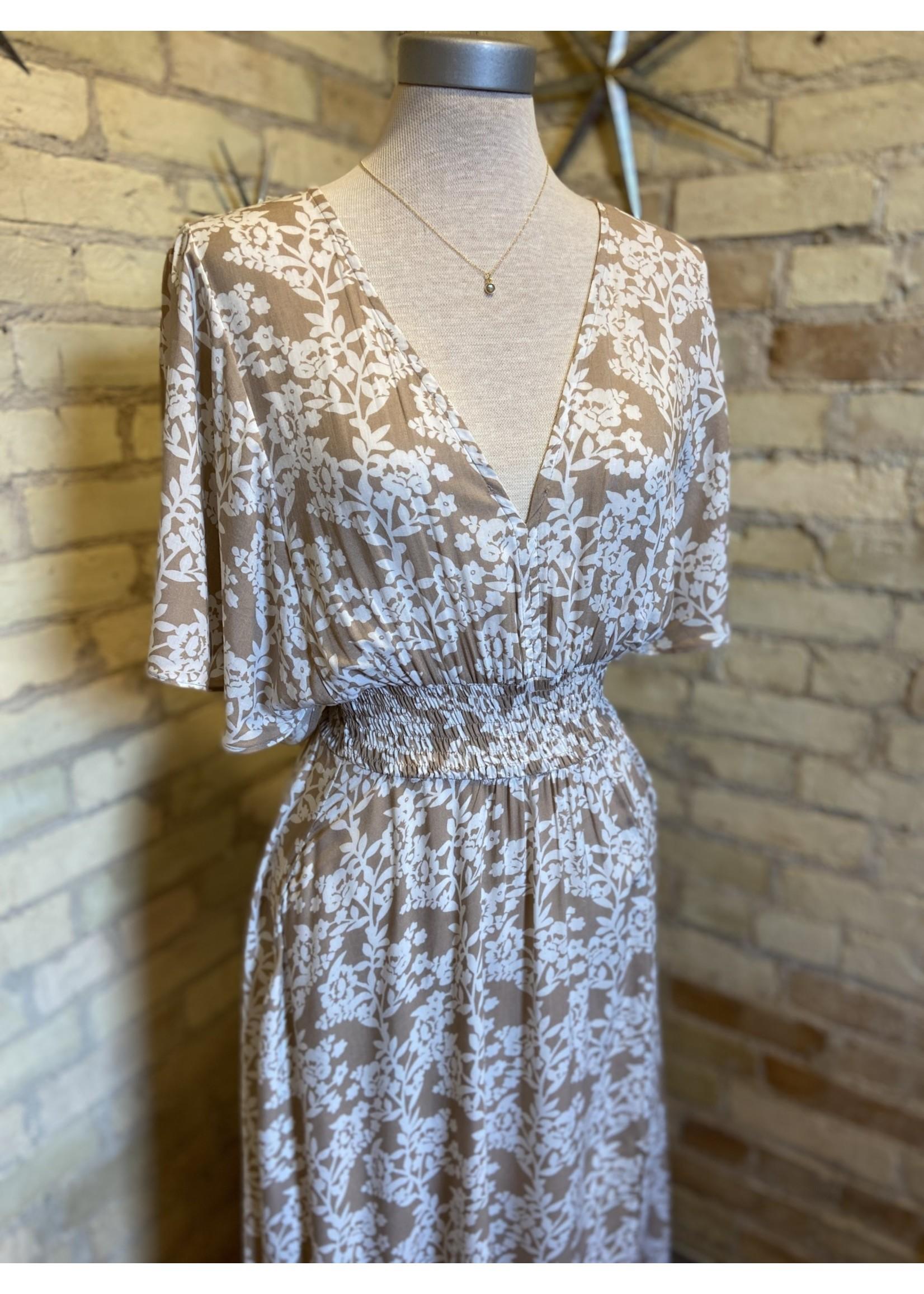 Aakaa Short Sleeve V-neck Long Dress