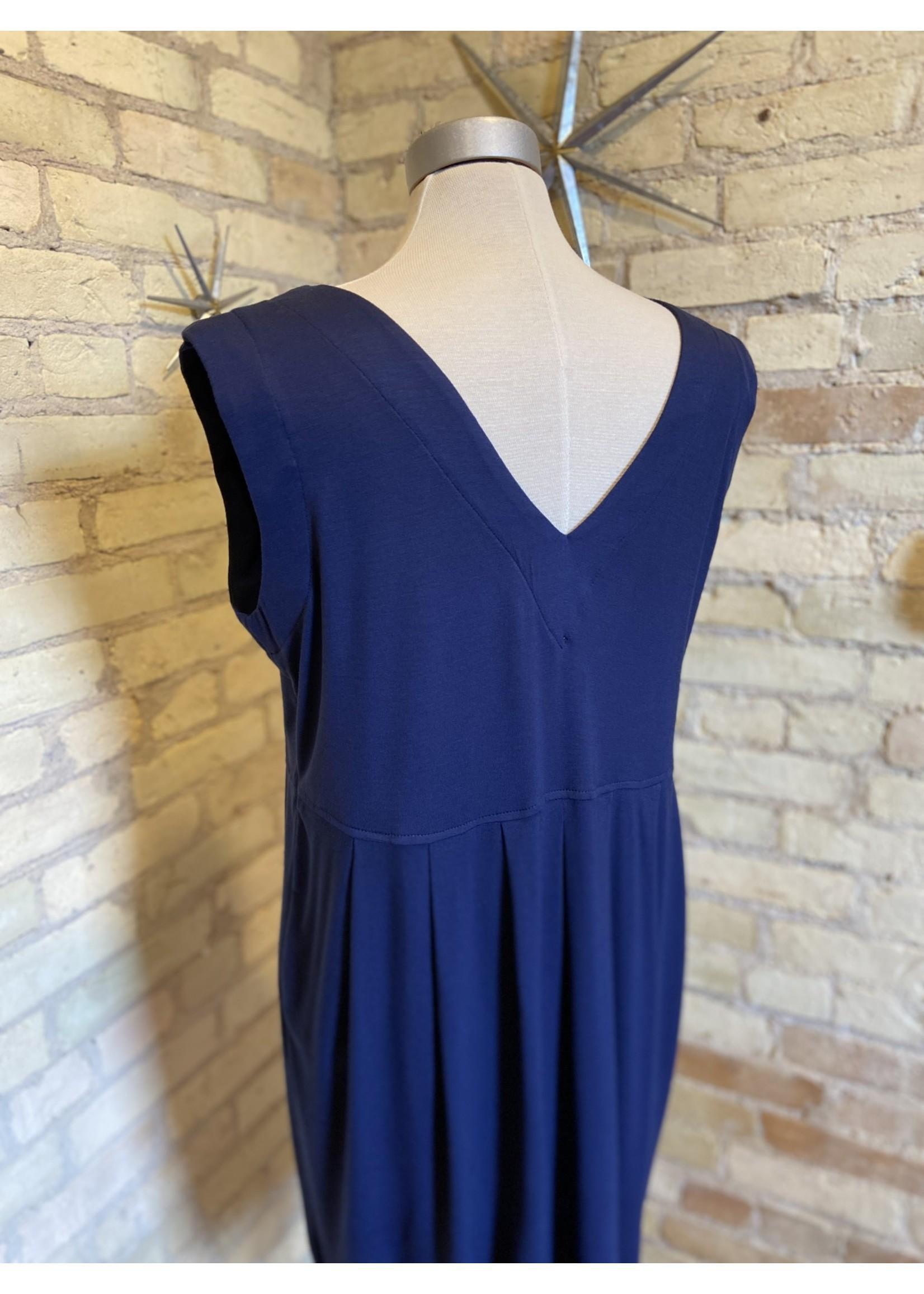 By Tavi Jumper Dress