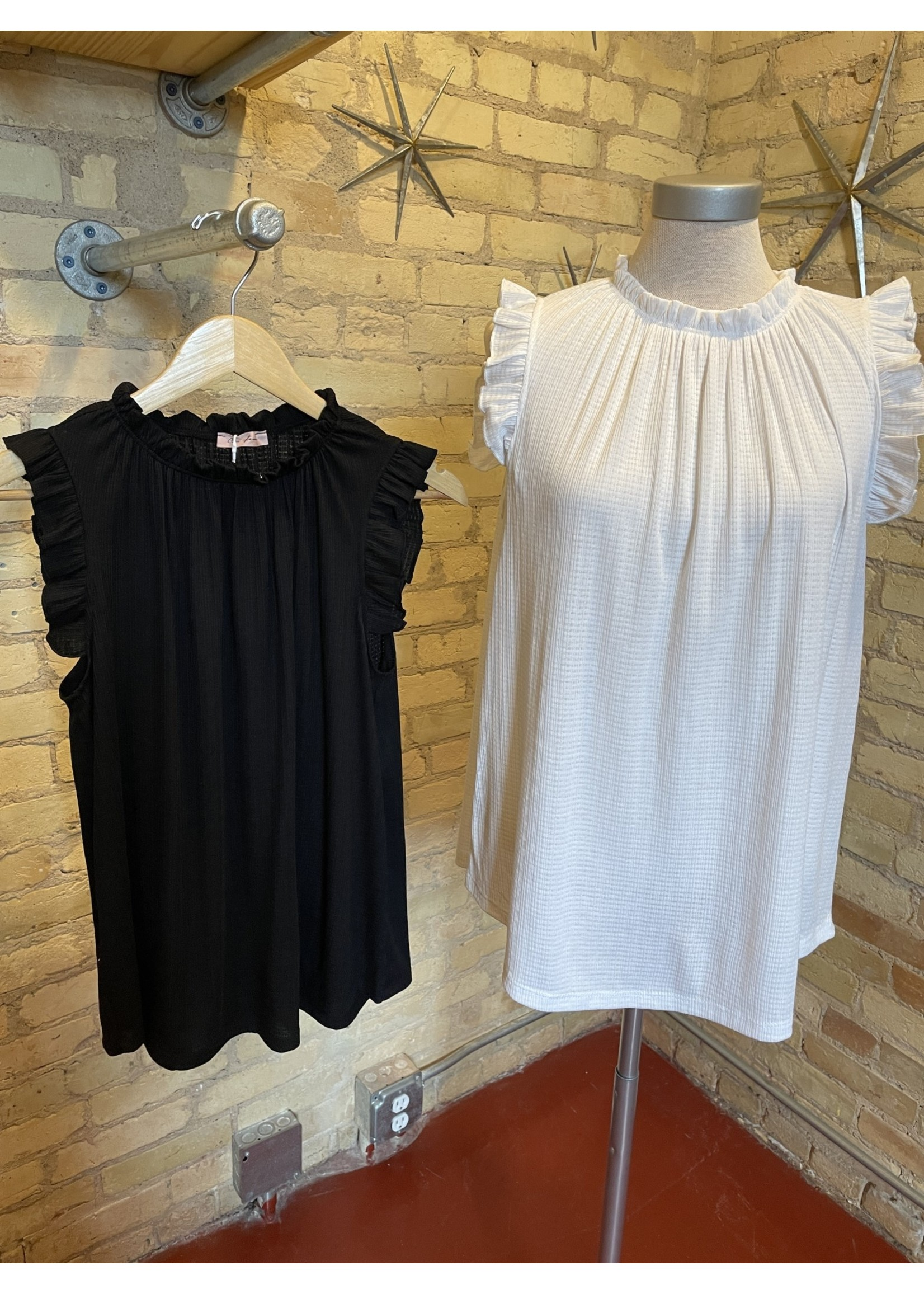 Ces Femme Solid Shirring Neck Top