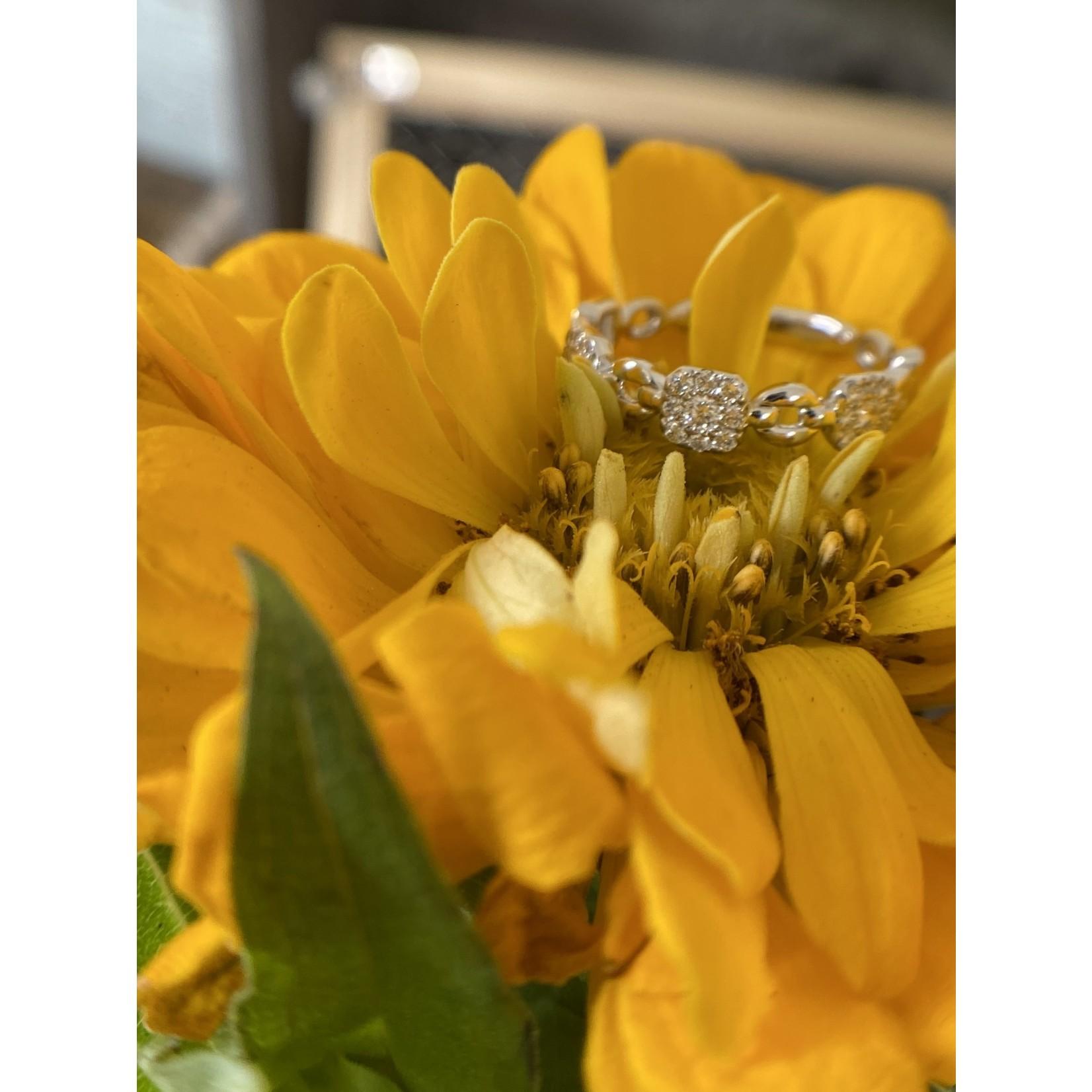 GBC White Gold Fancy Ring