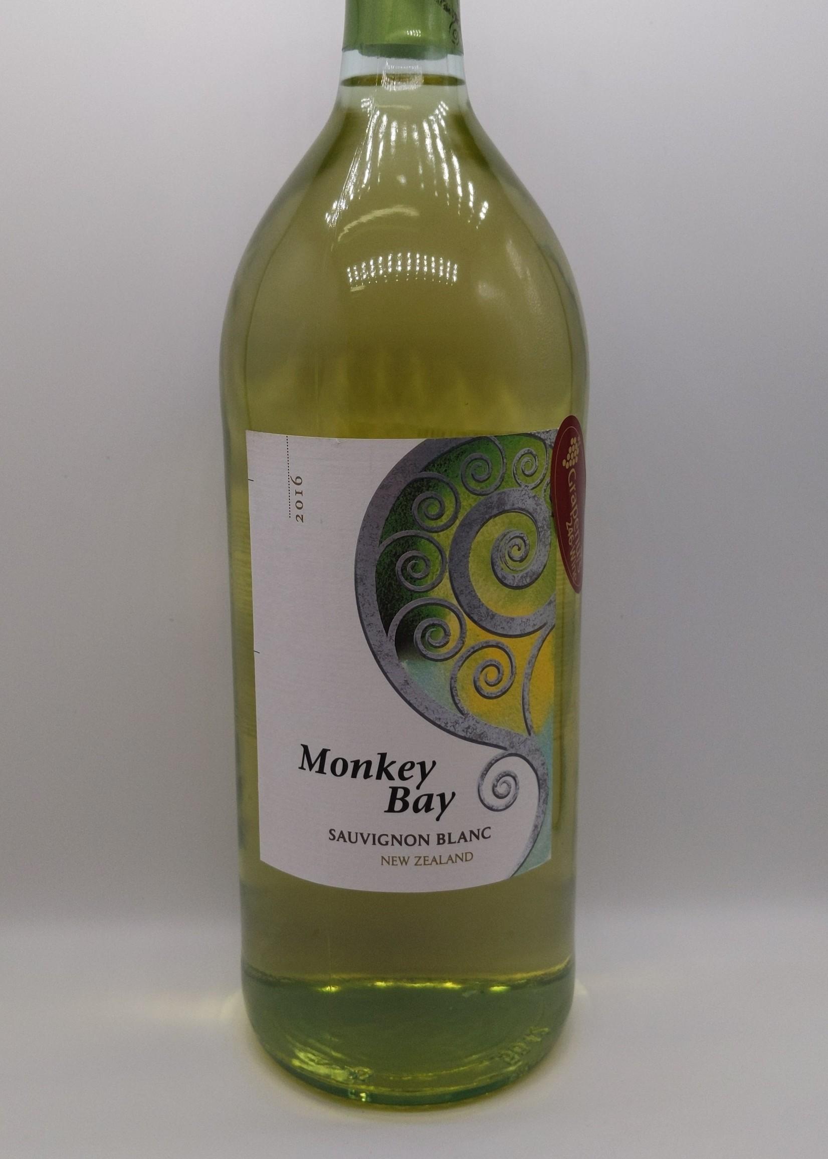 2016 MONKEY BAY SAUVIGNON BLANC 1.5L