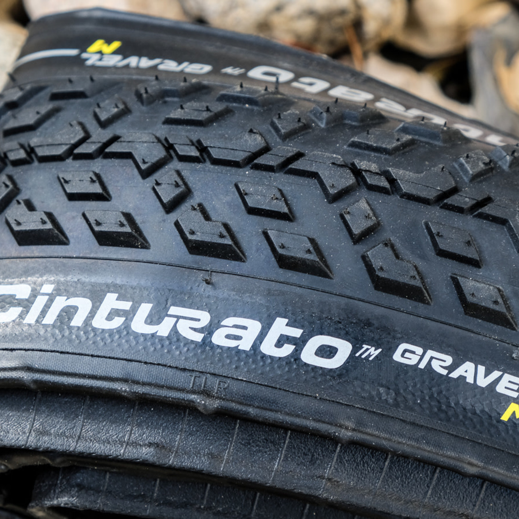Pirelli Pirelli, Cinturato Gravel M, Tire, 700x40C, Folding, Tubeless Ready, SpeedGrip, 127TPI, Black