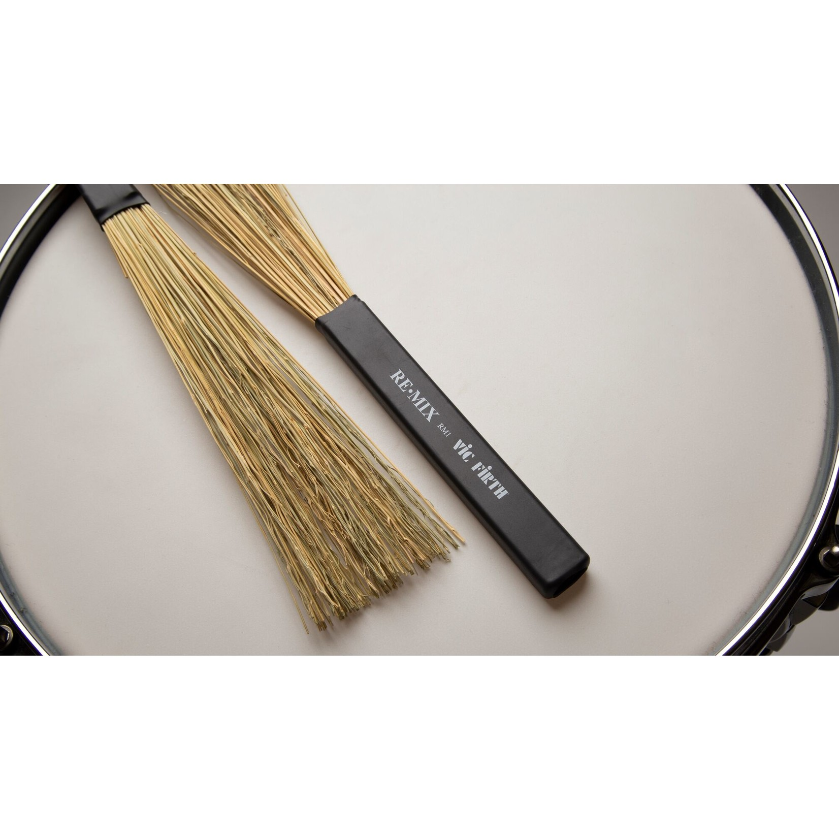 Vic Firth Vic Firth RE.MIX Brushes, Broomcorn
