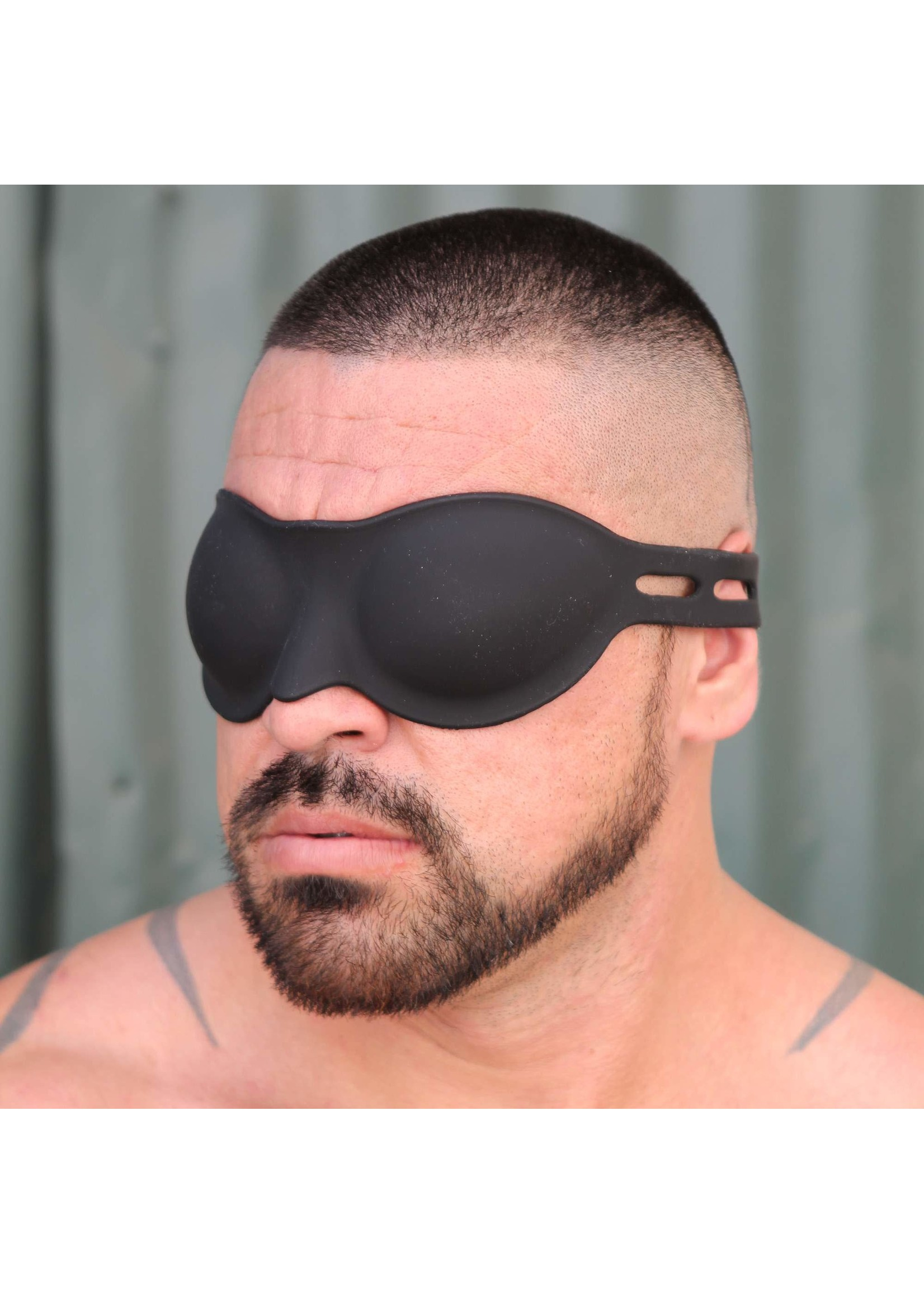 665 Leather 665 Silicone Blindfold