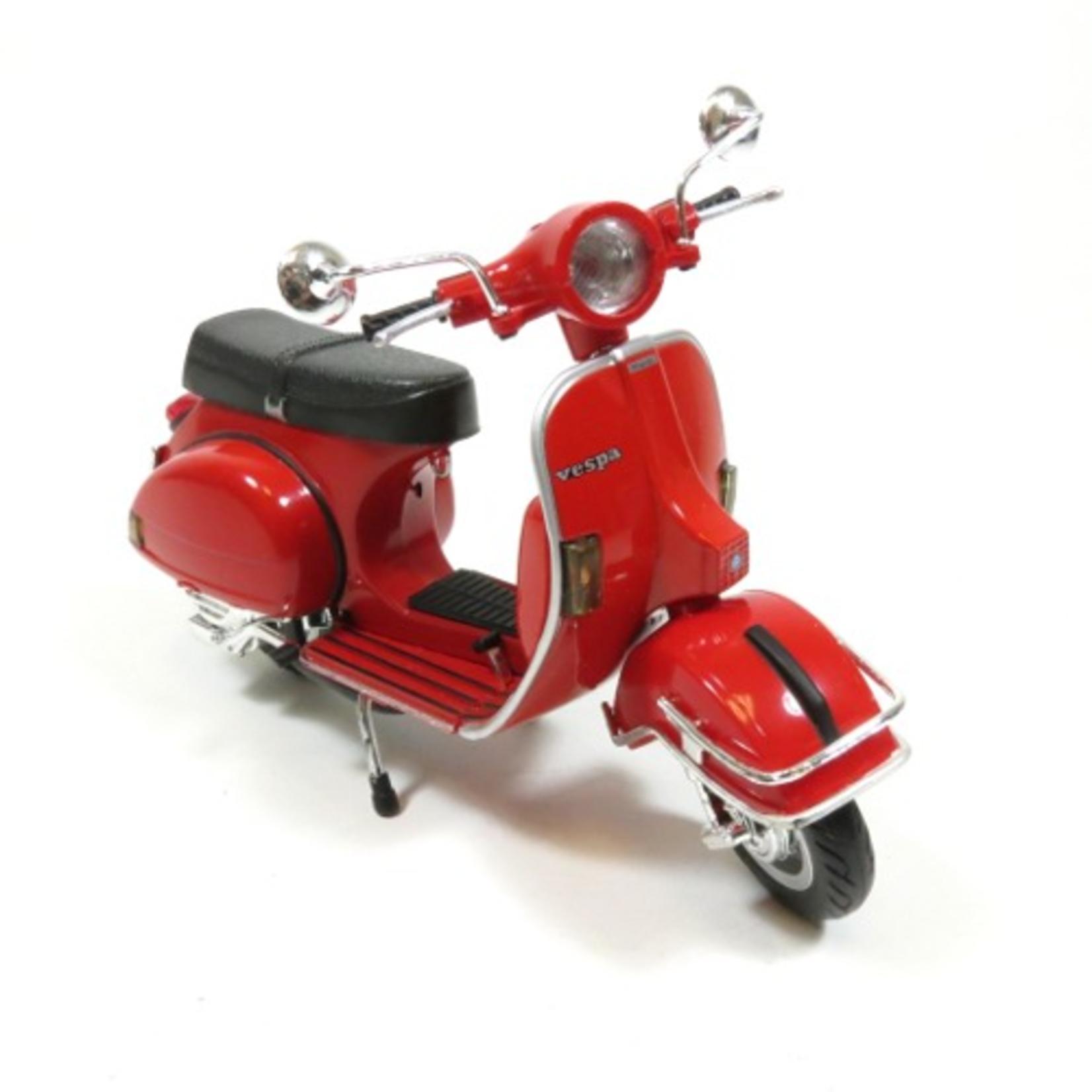 Lifestyle Toy, 1978 Vespa P200E  1:12 Red