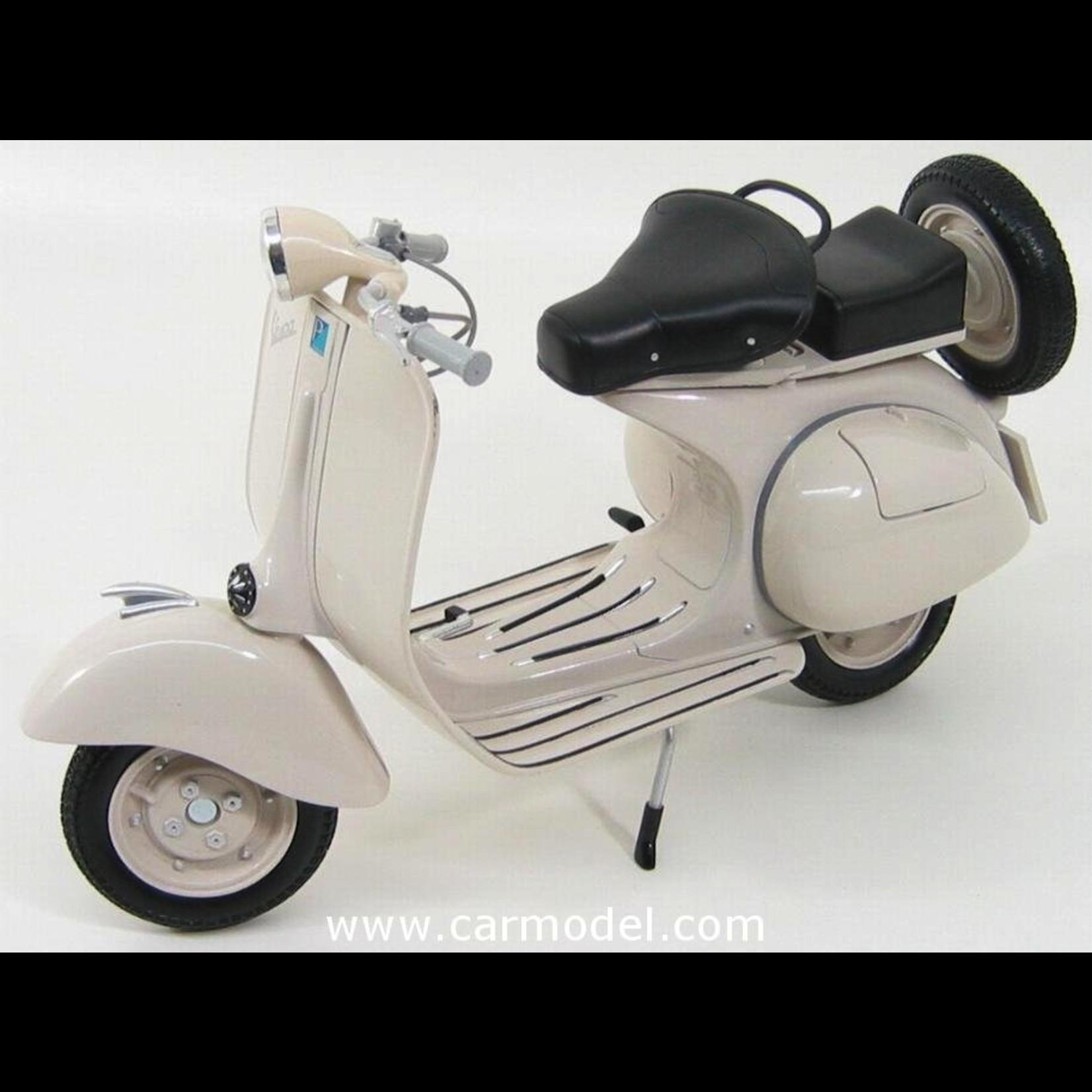 Lifestyle Toy, Vespa 150 1:6 Scale