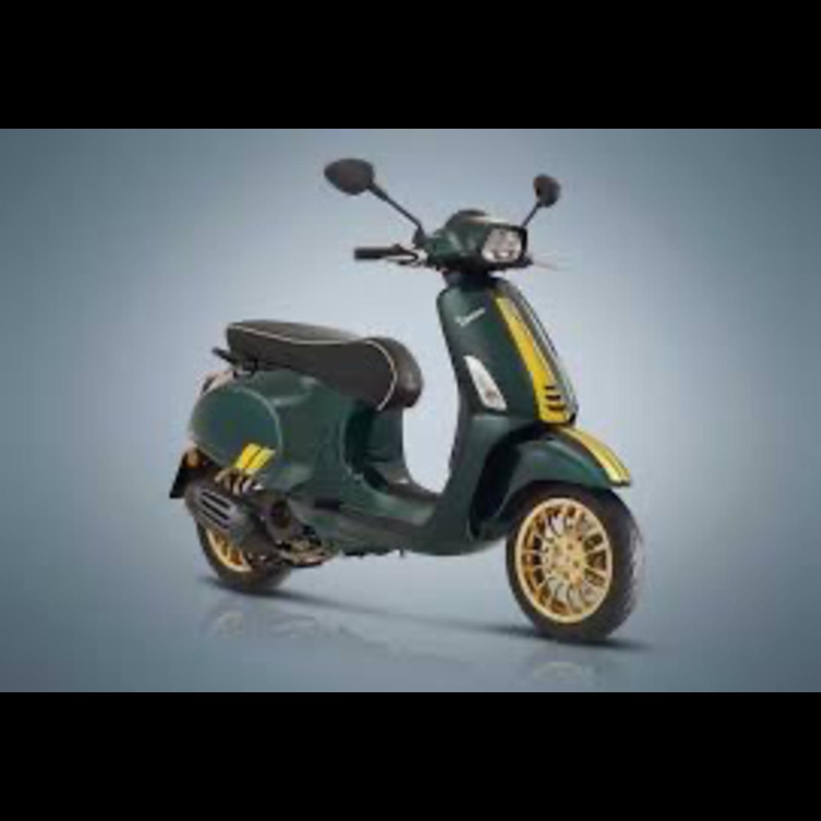 Vehicles Vespa, 2021 Sprint 50 i-GET Racing 60's Edition Green