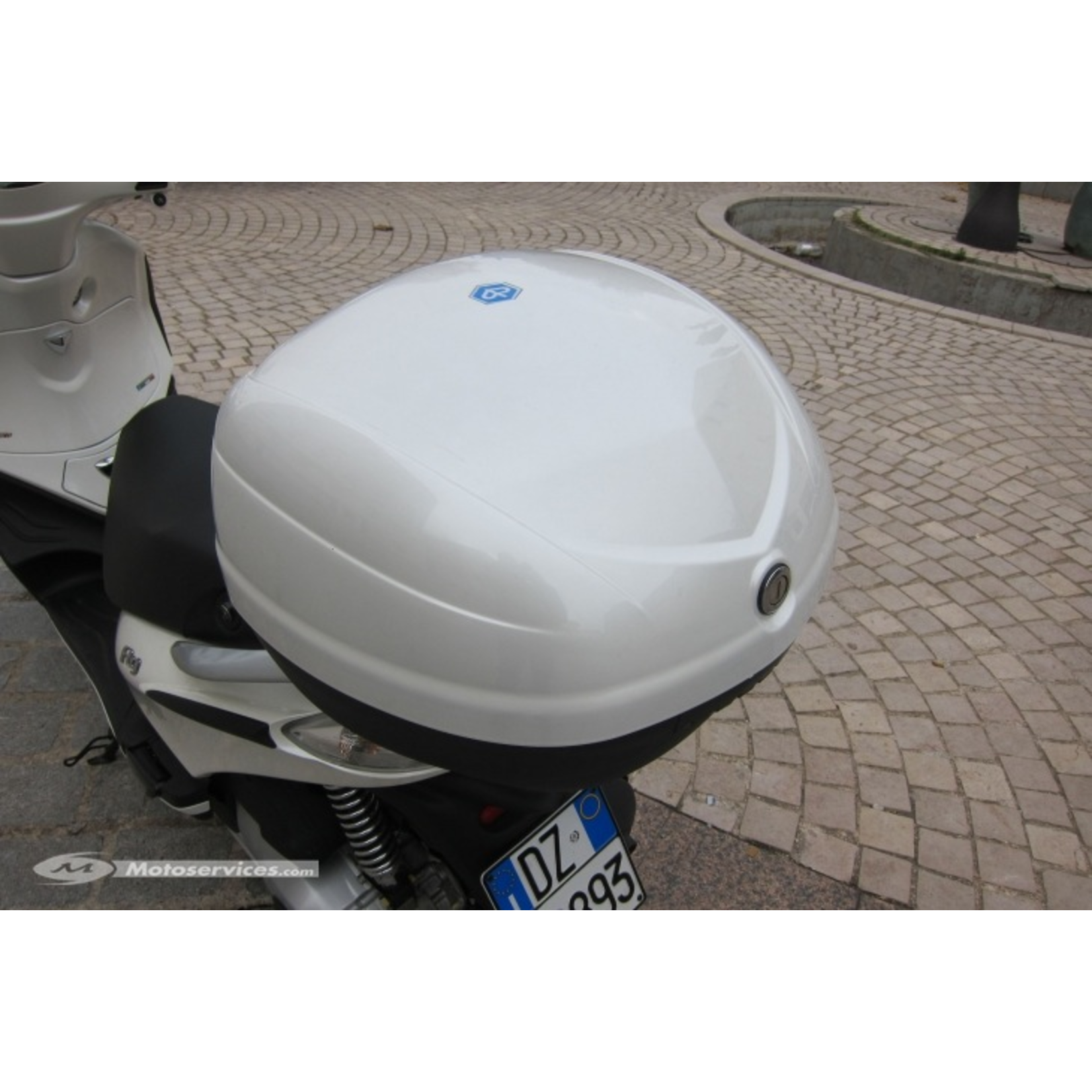 Accessories Top Case, Piaggio Fly (2014+) Pearl White 566