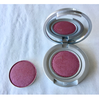 Eyes Berry Exclusive RTW Shadow Pan
