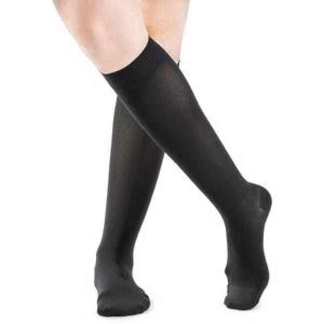 Sigvaris Style Soft Opaque 20-30 Knee High Womens